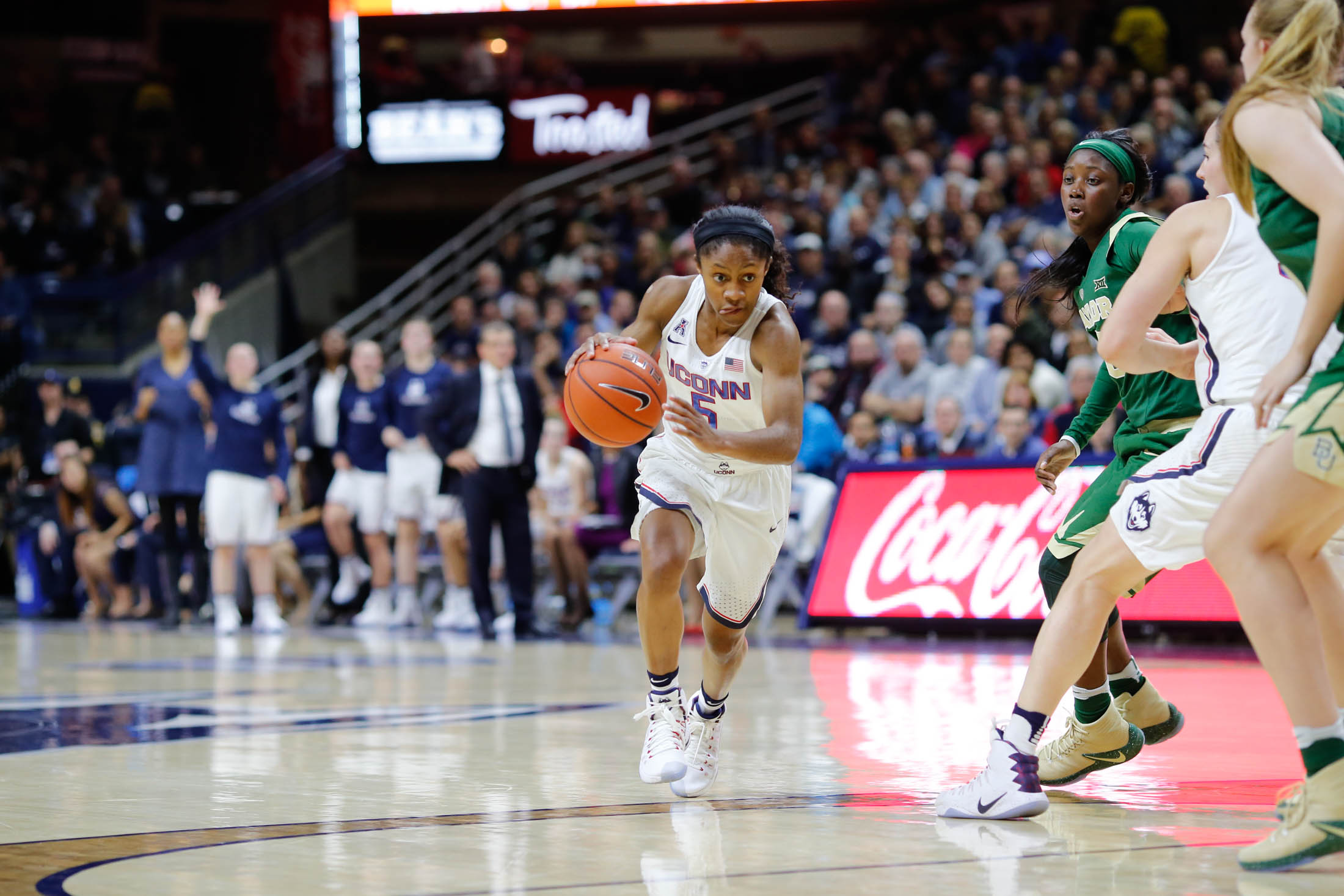Freshman guard Crystal Dangerfield starts a layup Baylor University on Nov. 11, 2016 in Gampel Pavilion. Dangerfield will return to play against Temple. (Tyler Benton/The Daily Campus)