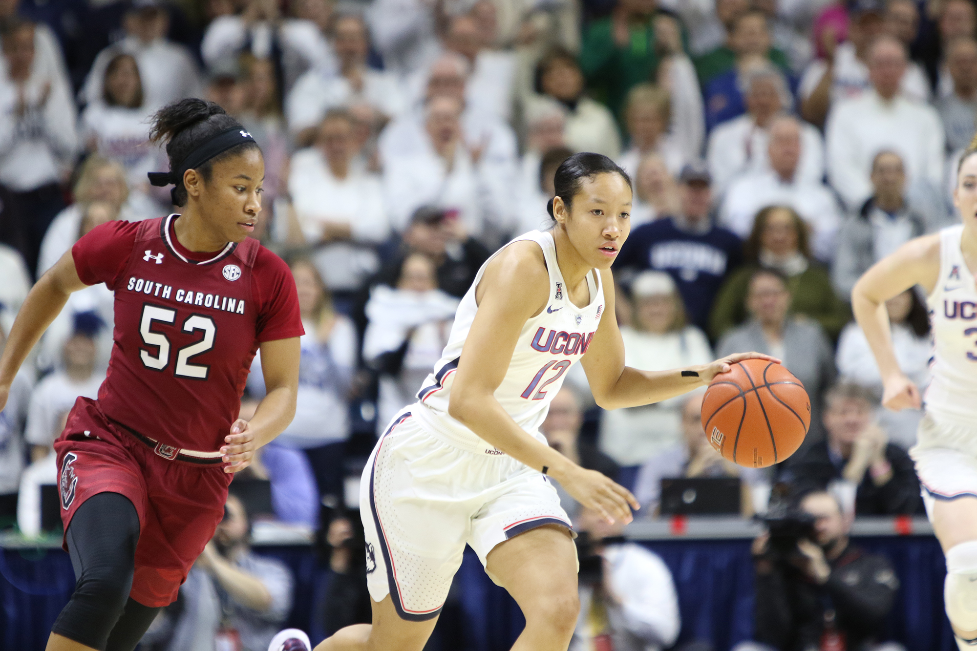 The UConn women's basketball team extended their win streak to 100 games Monday night at Gampel Pavilion with a 66-55 win over South Carolina. (Jackson Haigis/ The Daily Campus)