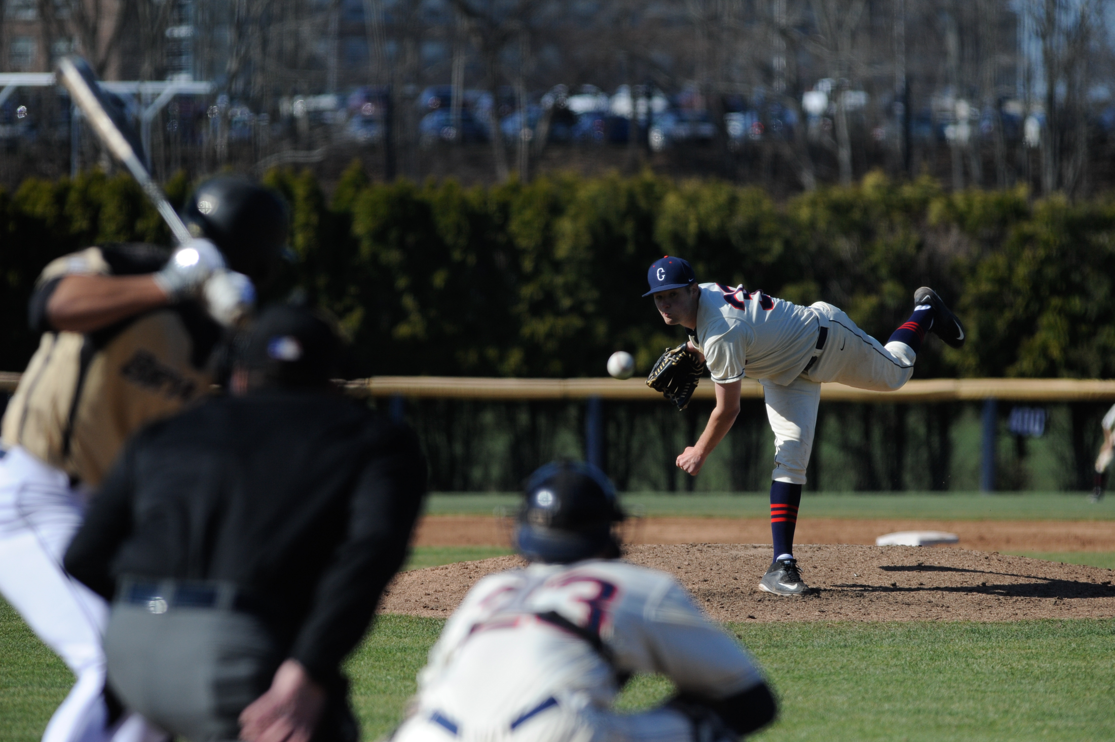 UConn baseball defeats Bryant University with a final score of 6-3. (Jason Jiang/The Daily Campus)