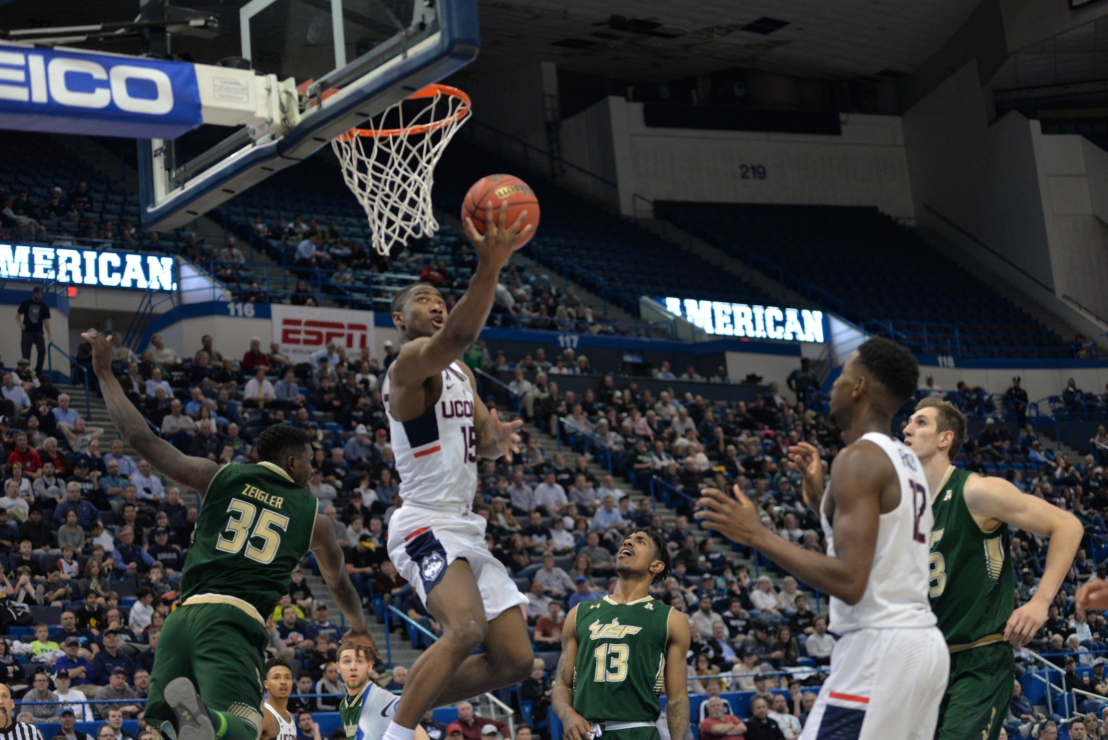 Men's Basketball: UConn vs USF
