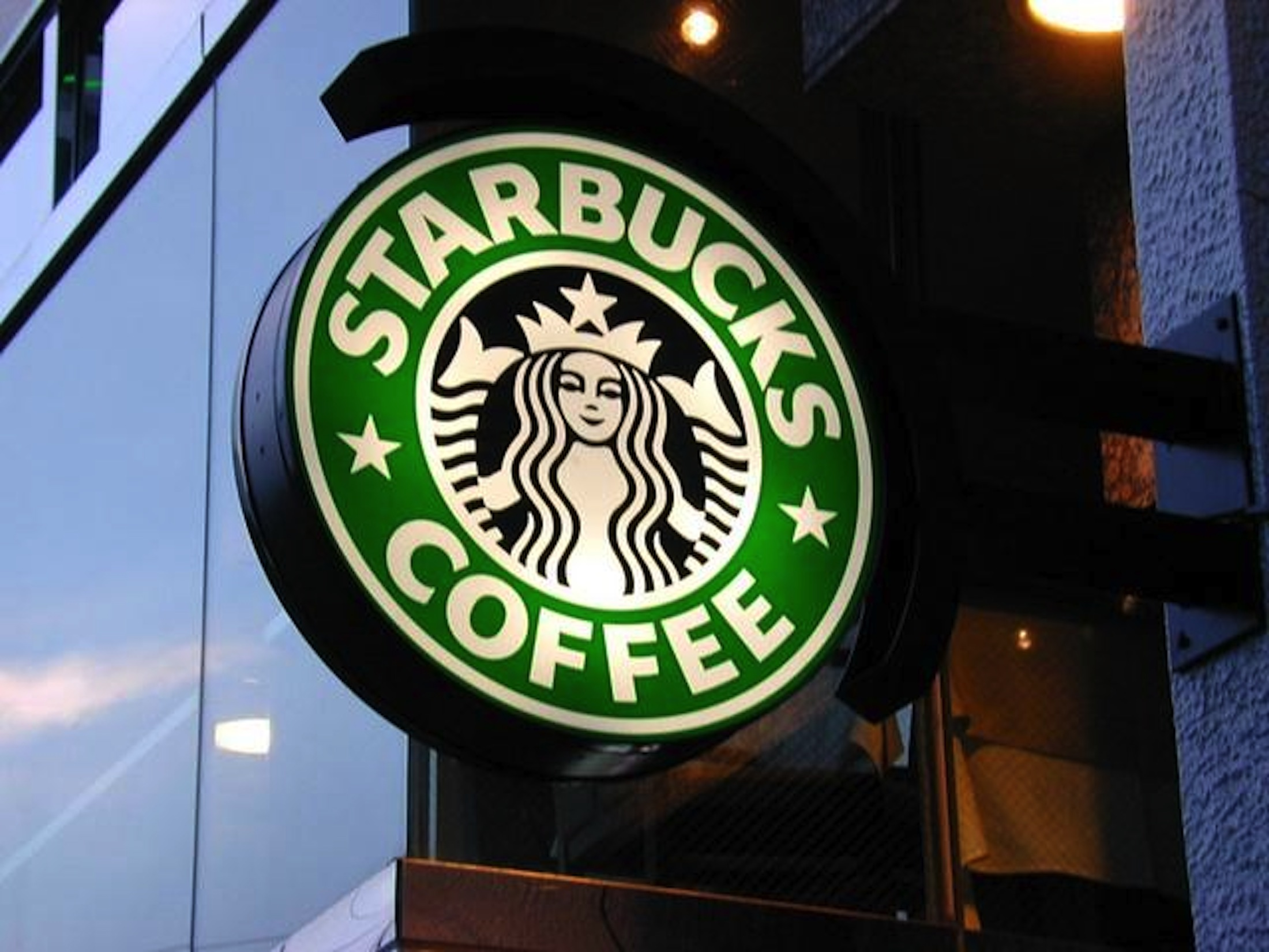 UConn's Waterbury campus will welcome a fully-licensed Starbucks next fall exciting many students at the university's branch campus.(Marco Paköeningrat/Creative Commons Flickr)