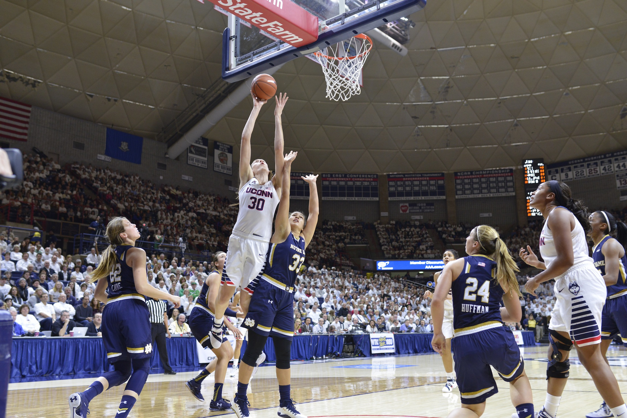 Breanna Stewart (30) advises young aspiring women, no matter what field, to continue to work hard. Stewart is a four-time national champion and current Seattle Storm forward.(Jason Jiang/The Daily Campus)