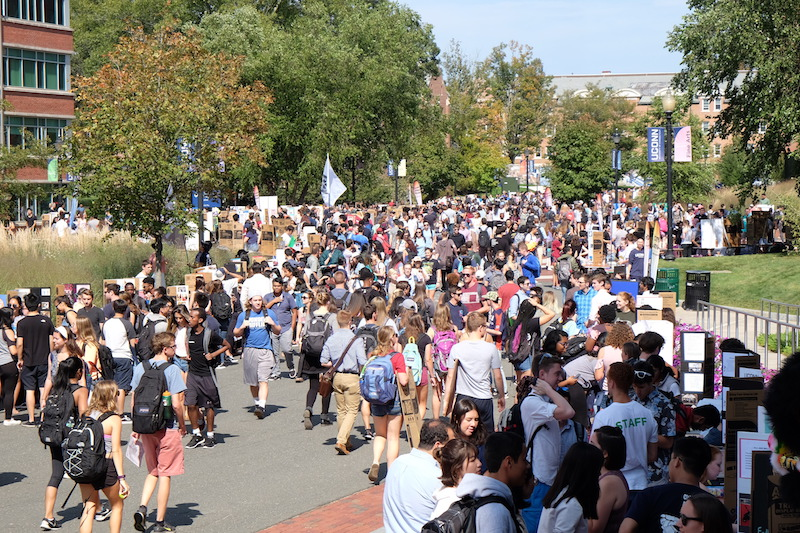 Students flocked to the 2017 Involvement Fair on Fairfield Way. (Jon Sammis/The Daily Campus)