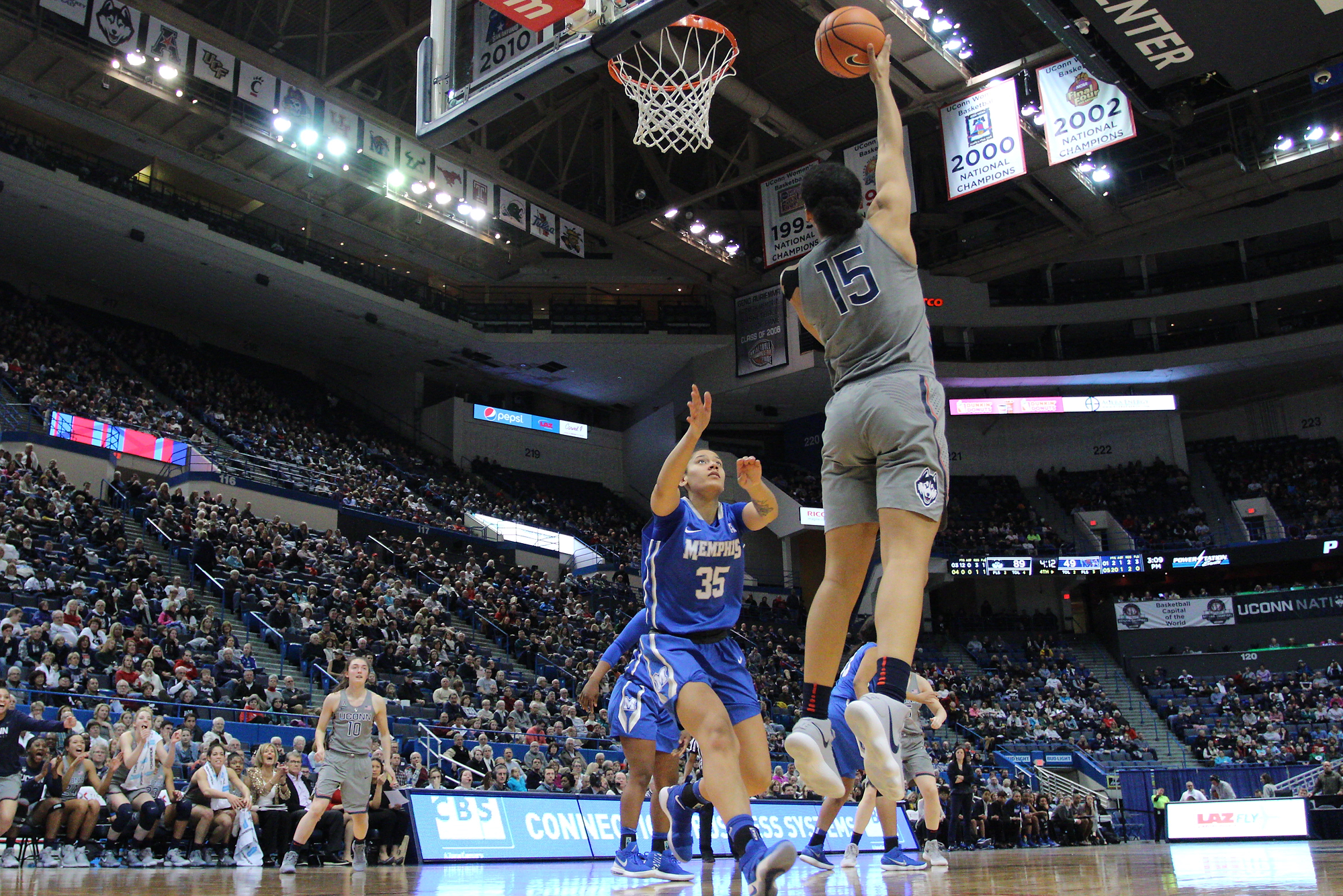 UConn forward Gabby Williams goes up for a layup in the Huskies' 97-49 win over the Memphis Tigers on Sunday, Dec. 31, 2017 at the XL Center in Hartford, Connecticut. (Photo courtesy of Ian Bethune/TheUConnBlog)