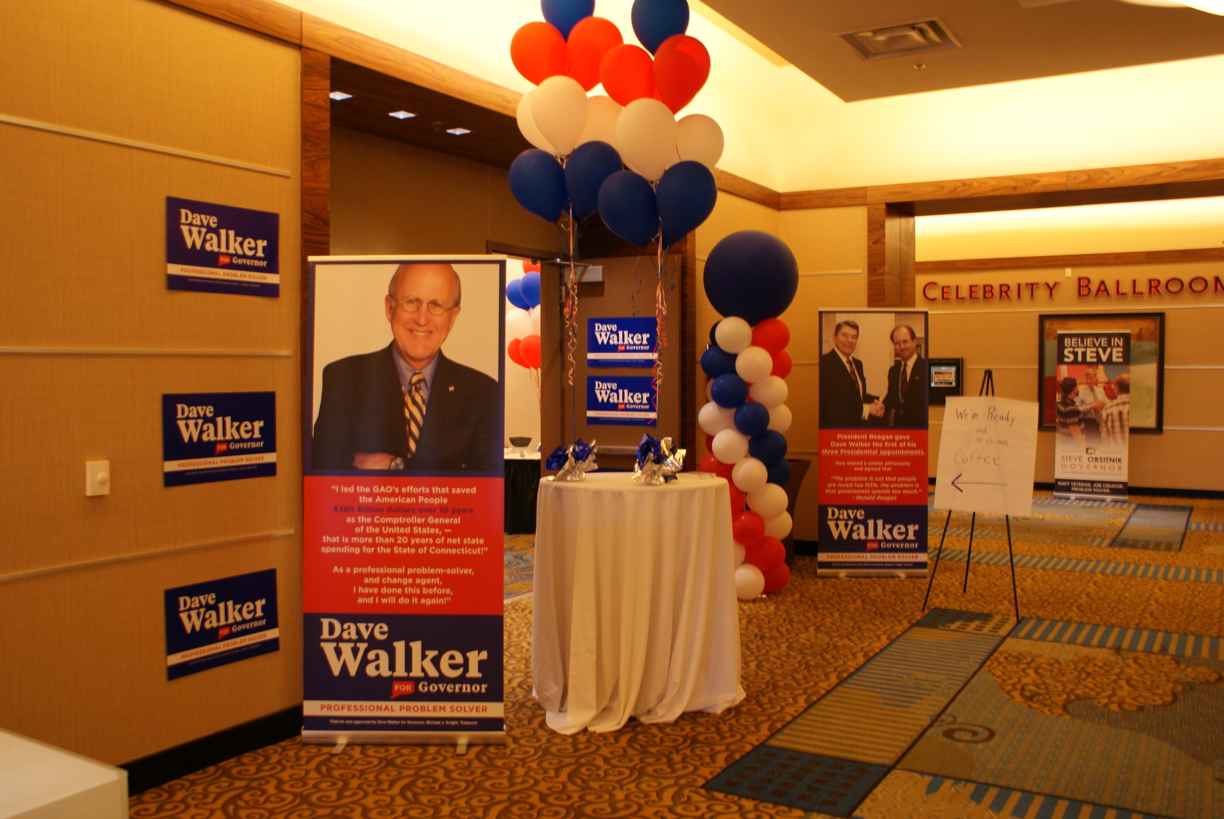 Former United States Comptroller Dave Walker and his staff welcomed delegates into his hospitality room throughout the day in hopes of gaining support.