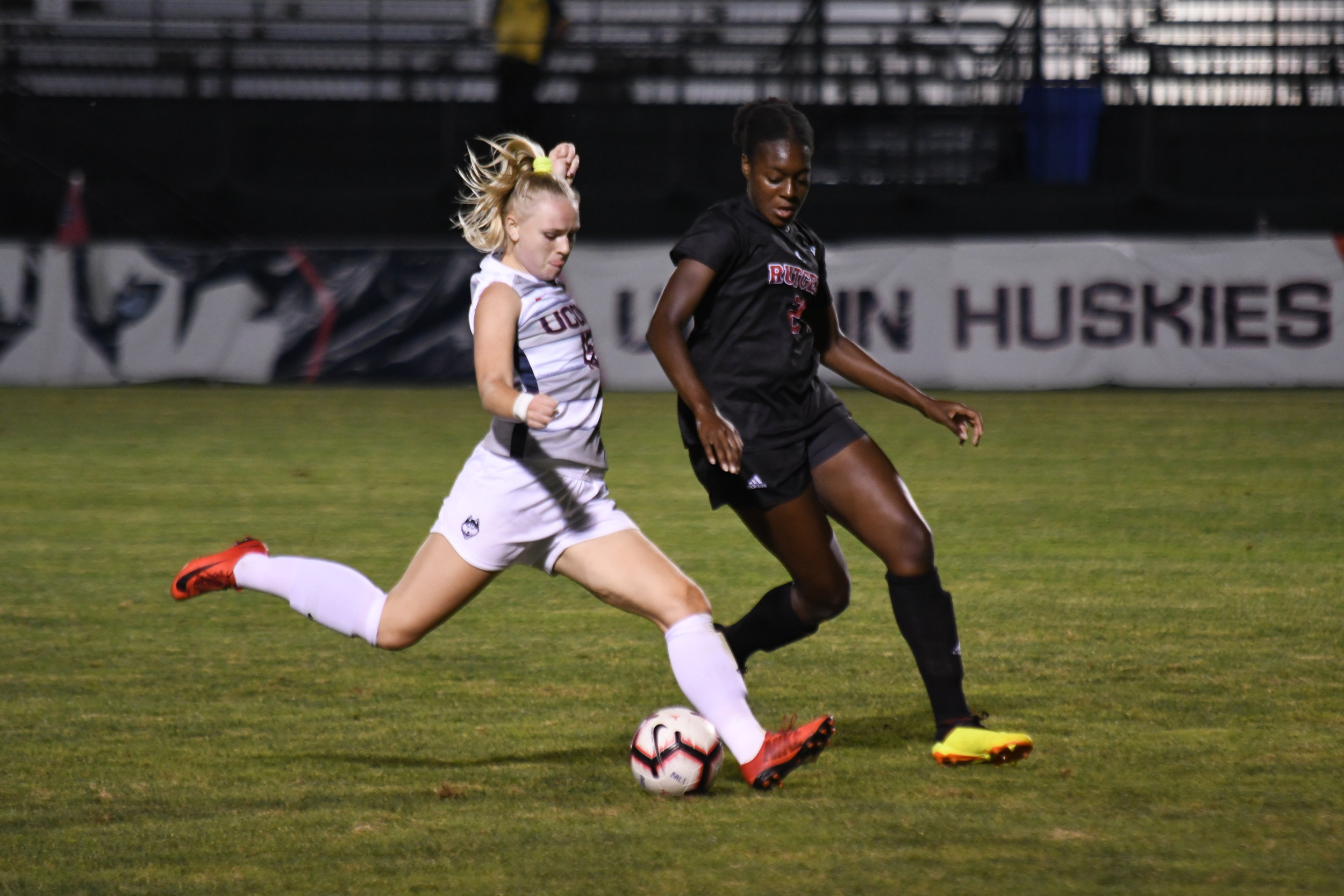 UConn Women's Soccer lost 3-0 against Rutgers at Morrone Stadium Thursday night. UConn defense stopped Rutgers from scoring in the second half. (Photo by Nicholas Hampton)