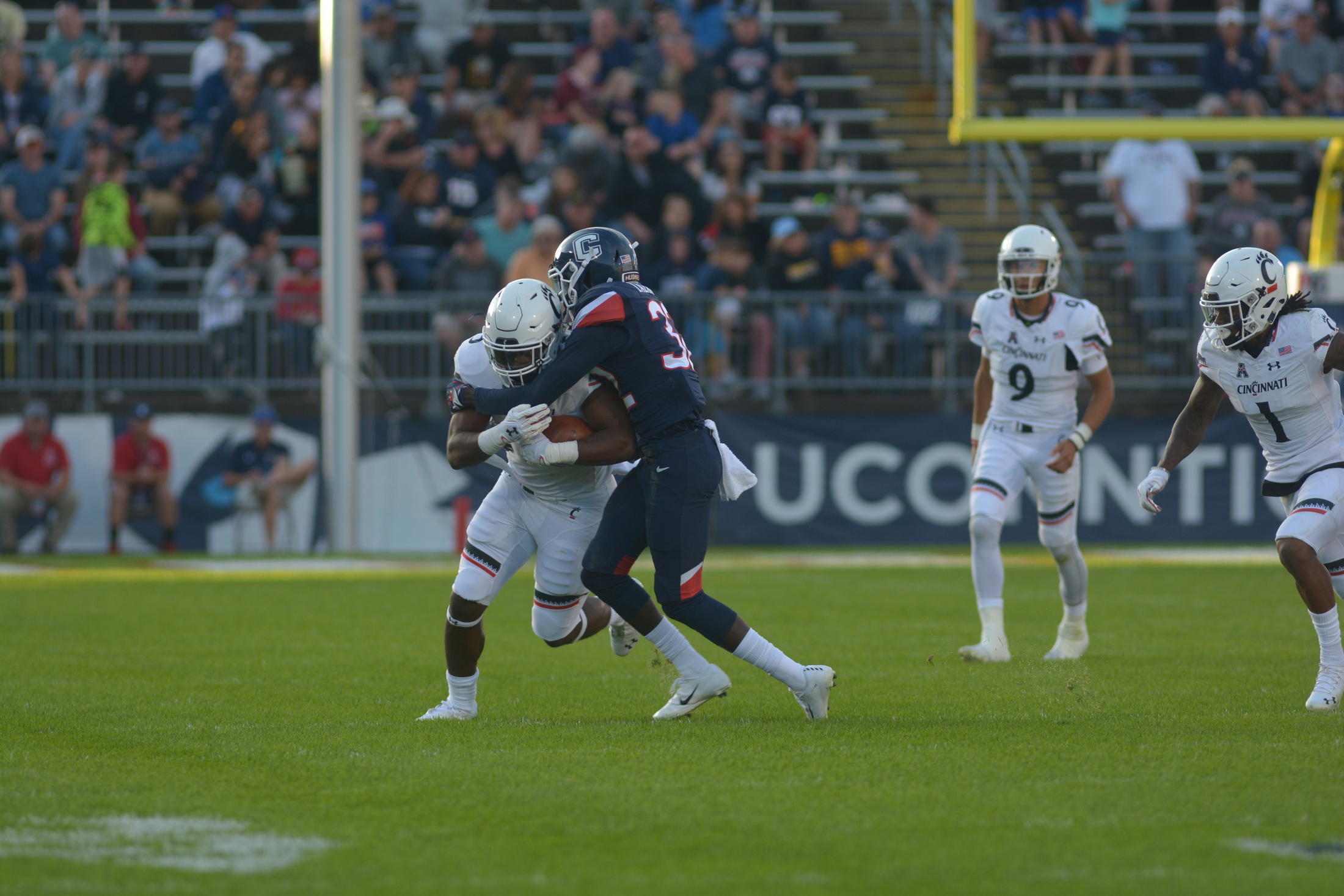 UConn plays against Cincinnati Saturday afternoon at Rentschler Field. The team was defeated 49-7. Their next home game will be Saturday October 27 (Nicholas Hampton/The Daily Campus).