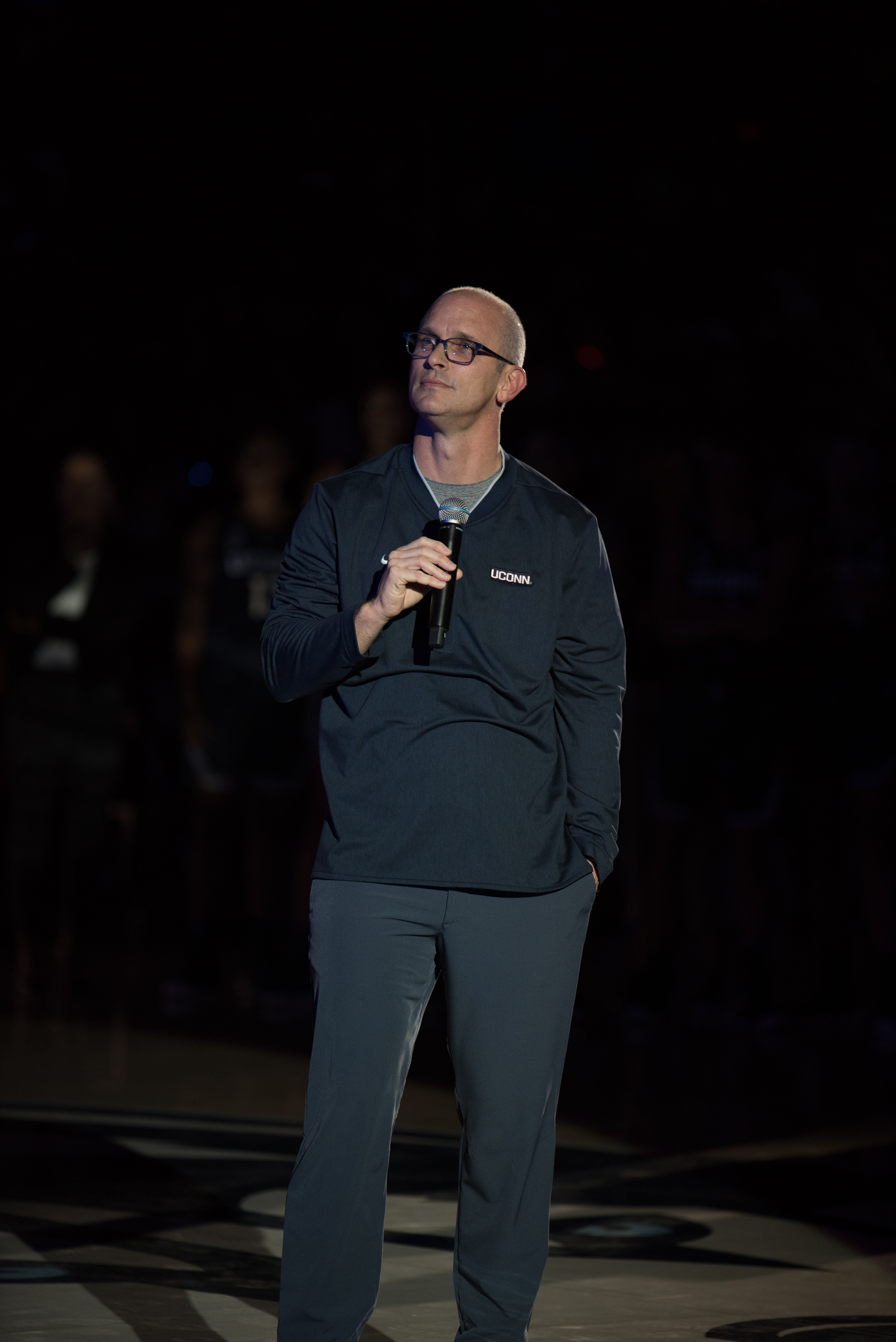 Dan Hurley takes the mic at First Night. The SCSU exhibition will be his public debut at UConn's head coach (Charlotte Lao/The Daily Campus)