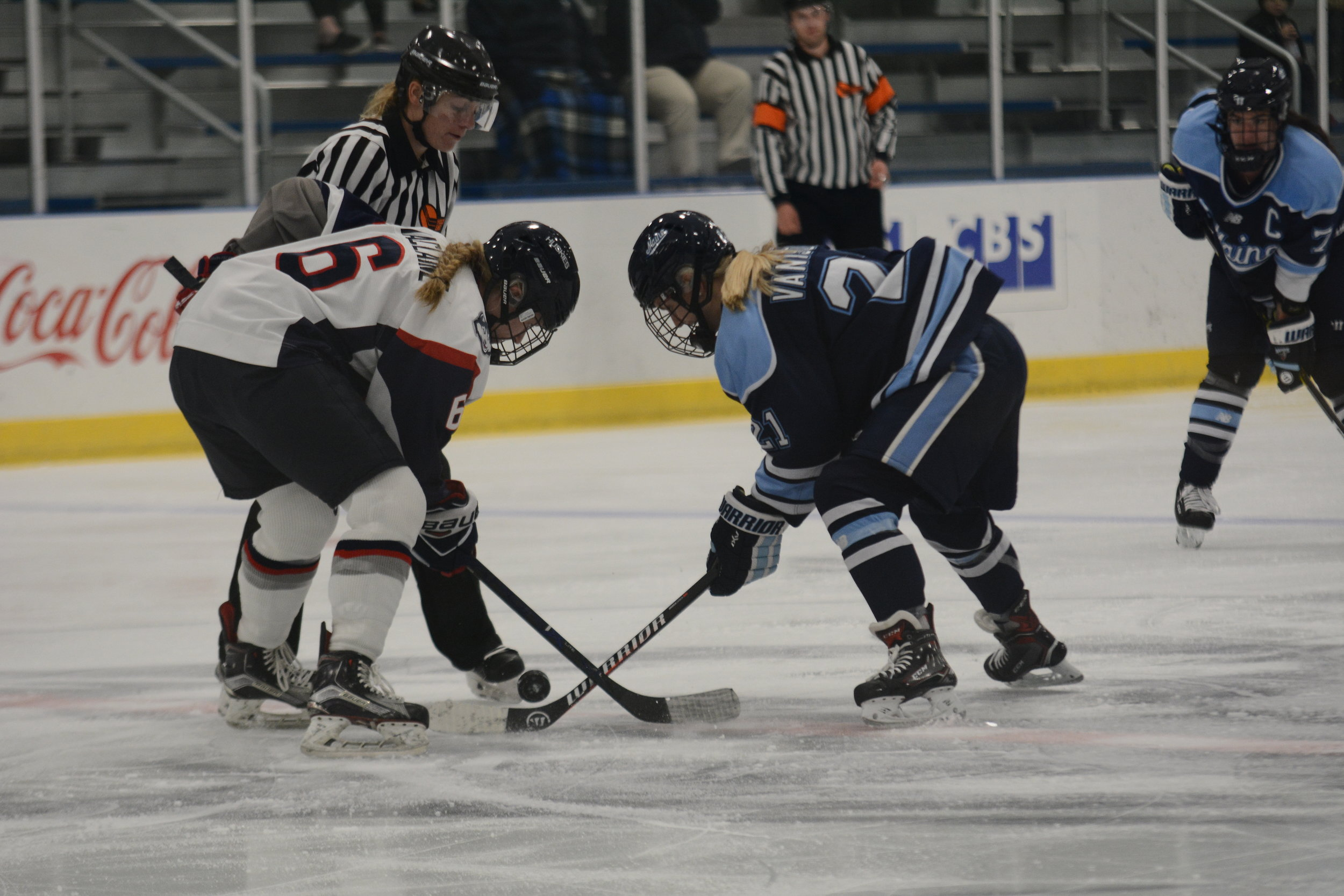 UConn's Nora Maclaine takes a faceoff during the Huskies' game against Maine on Nov.10, 2018. (Eric Wang/ The Daily Campus)