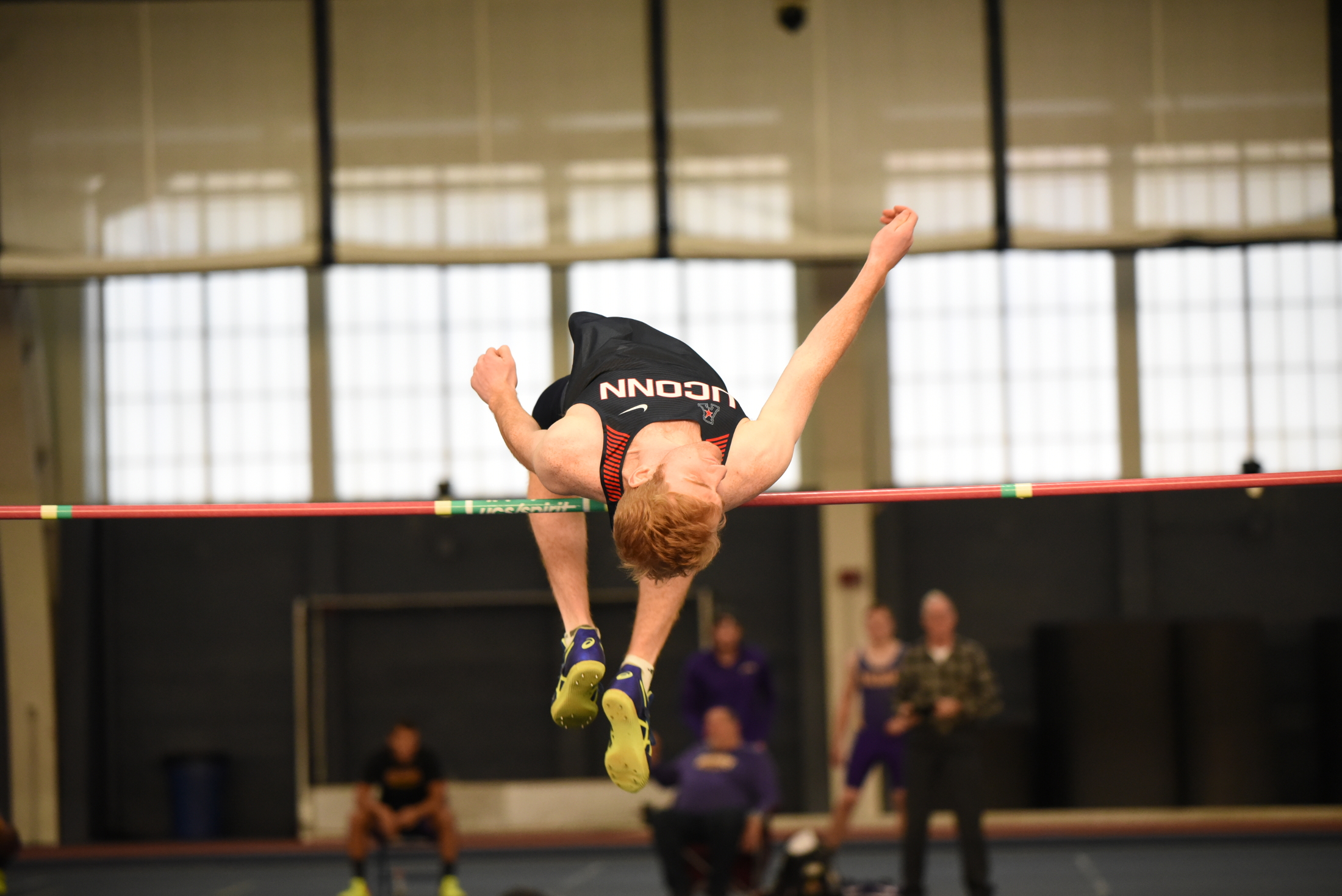 The UConn men's track and field team host a heptatholon in Hugh S. Greer Field House in December 2017 (Charlotte Lao/The Daily Campus)