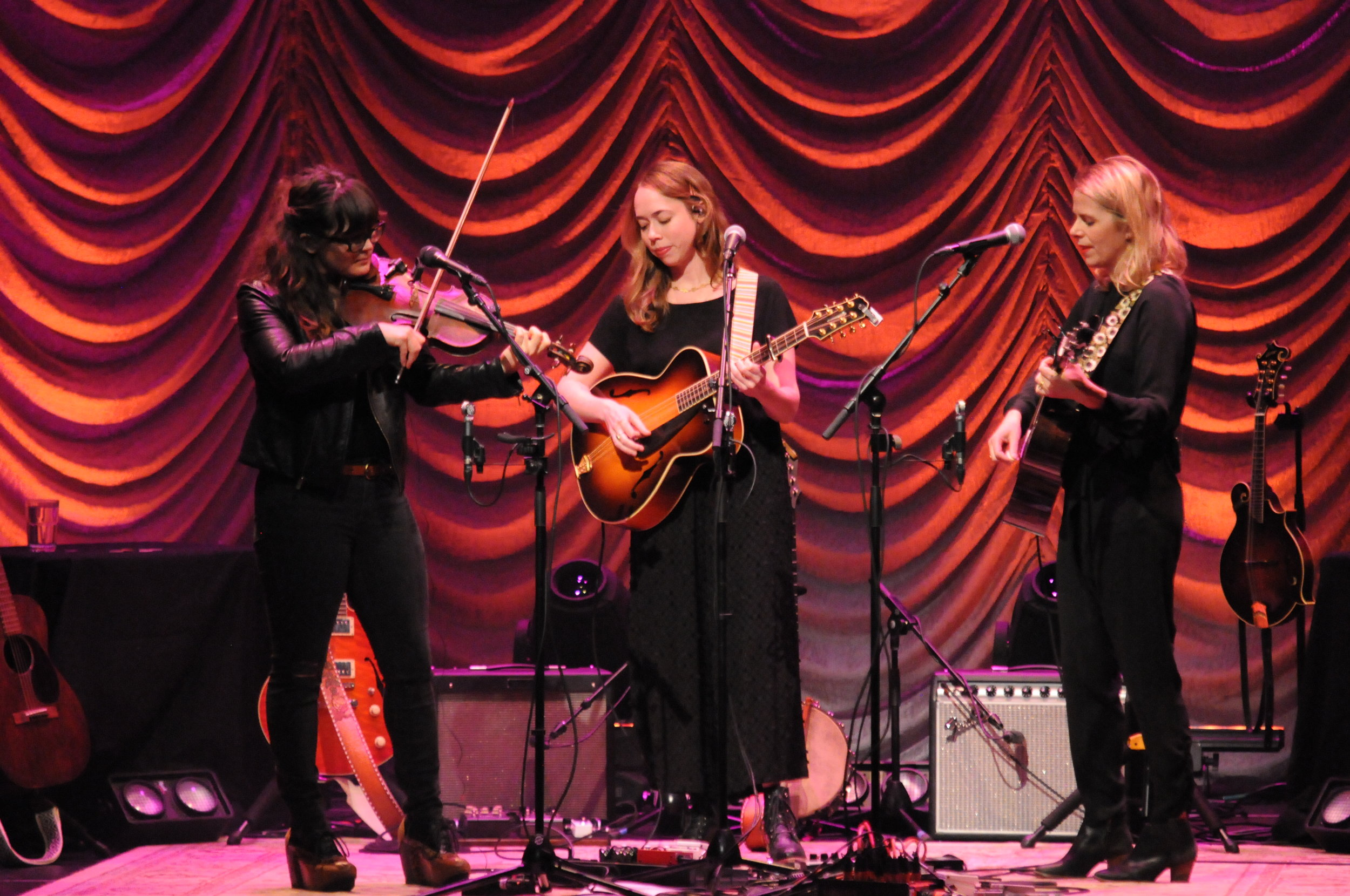 All-star female folk trio, I'm With Her, make a tour stop to Jorgensen for a concert, in which Billy Strings was the opening performer. (Haniasha Lewis/The Daily Campus)