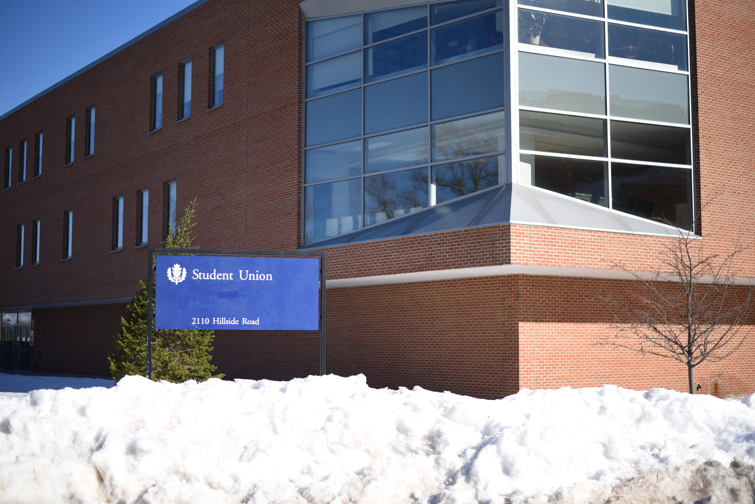 UConn Student Union. (Photo by charlotte lao/The Daily Campus)