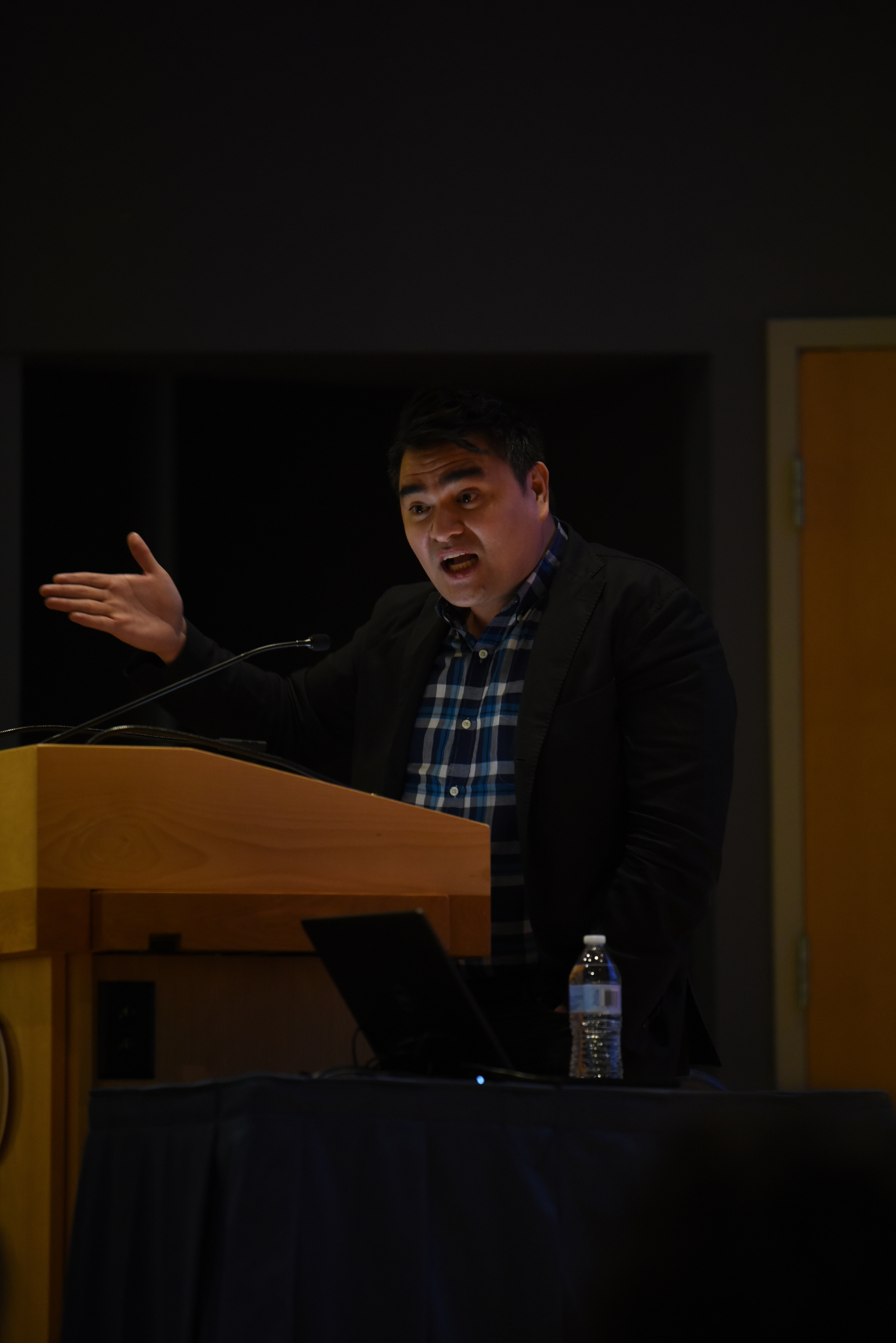 "Pulitzer Prize winning journalist and Emmy nominated filmmaker Jose Antonio Vargas speaks at the Student Union Theater. He is the author of ""Dear America: Notes of an Undocumented Citizen"" (Charlotte Lao/The Daily Campus)"