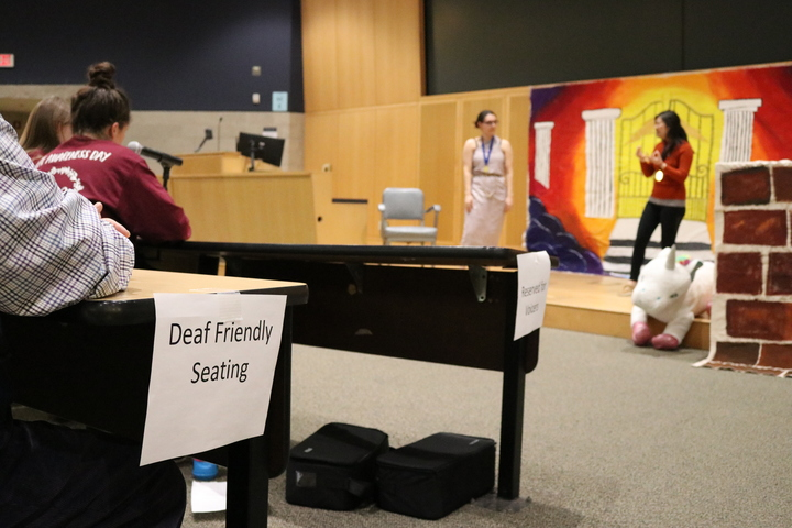 Last Wednesday, the University of Connecticut Board of Trustees approved of a new American Sign Language Studies major beginning in the fall of 2020. (Maggie Chafouleas/The Daily Campus)