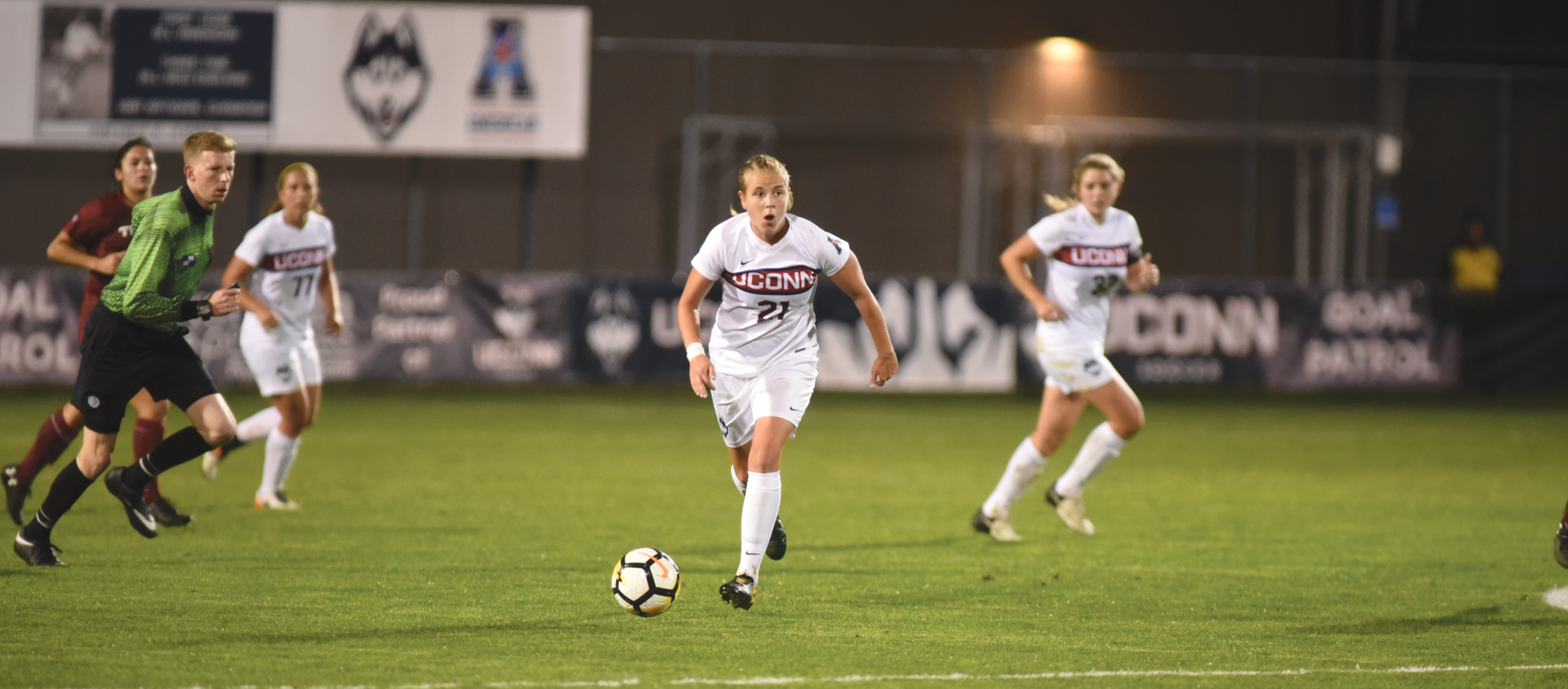 The Huskies (1-1) were faced with a different defense compared to their last time out against Providence. The Friars played an up-tempo and aggressive game compared to Fairfield's clumped-together formations and ball-following style, forcing the Huskies to adjust physically and mentally.  Photo by Charlotte Lao / The Daily Campus