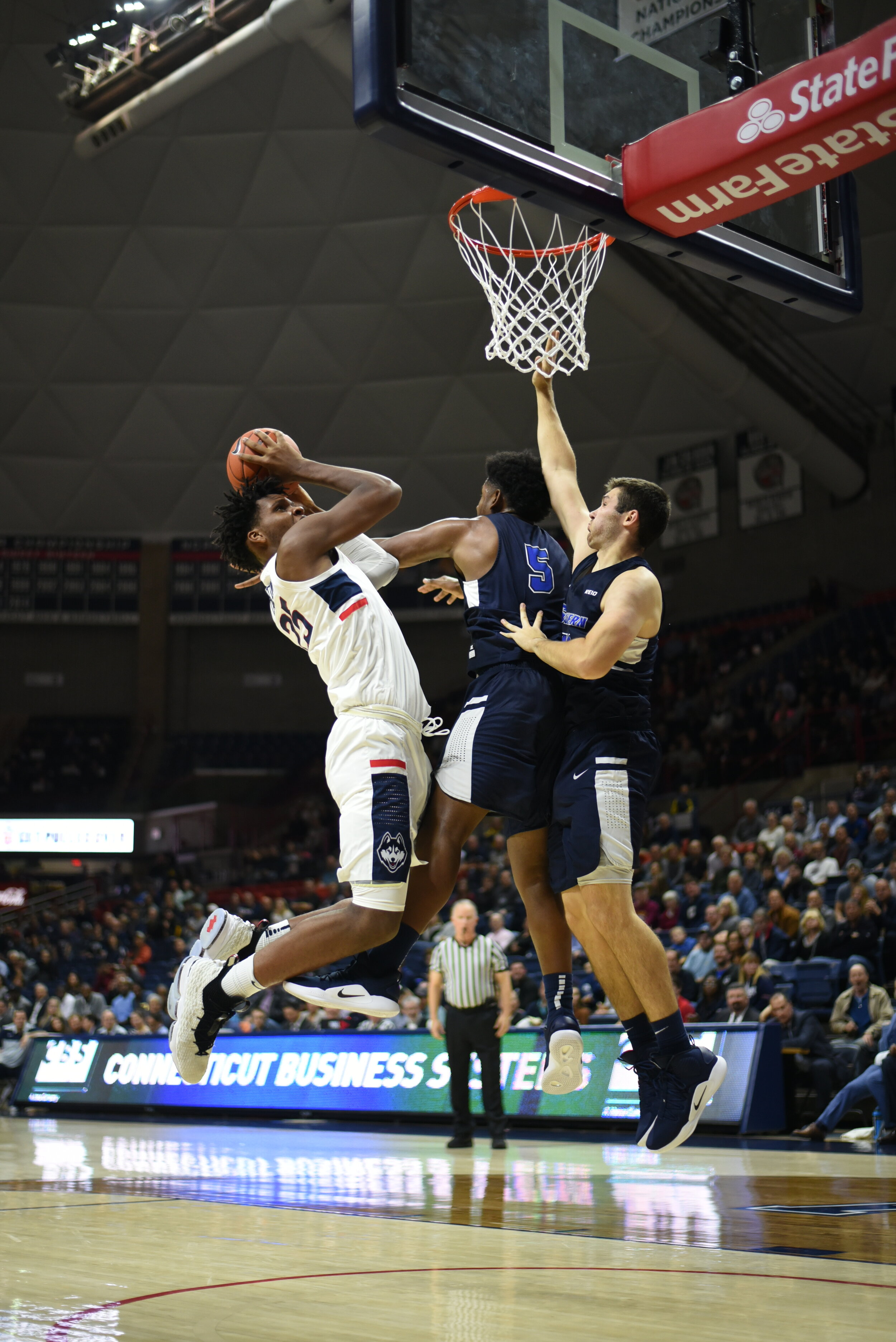 The Huskies defeat Southern Connecticut State University for their home opener on Friday, Nov. 1, 2018.  Photo by Charlotte Lao / The Daily Campus