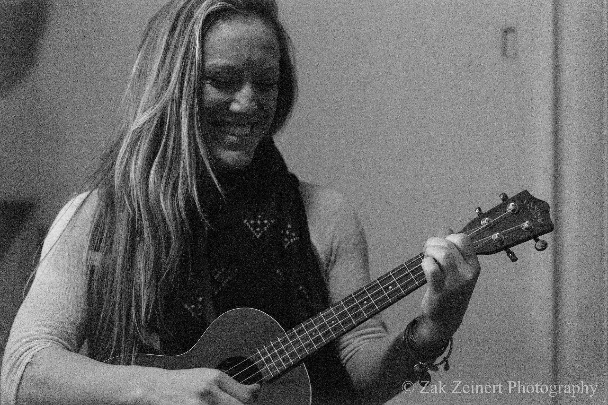 Maddie German. Singer/songwriter extraordinaire!