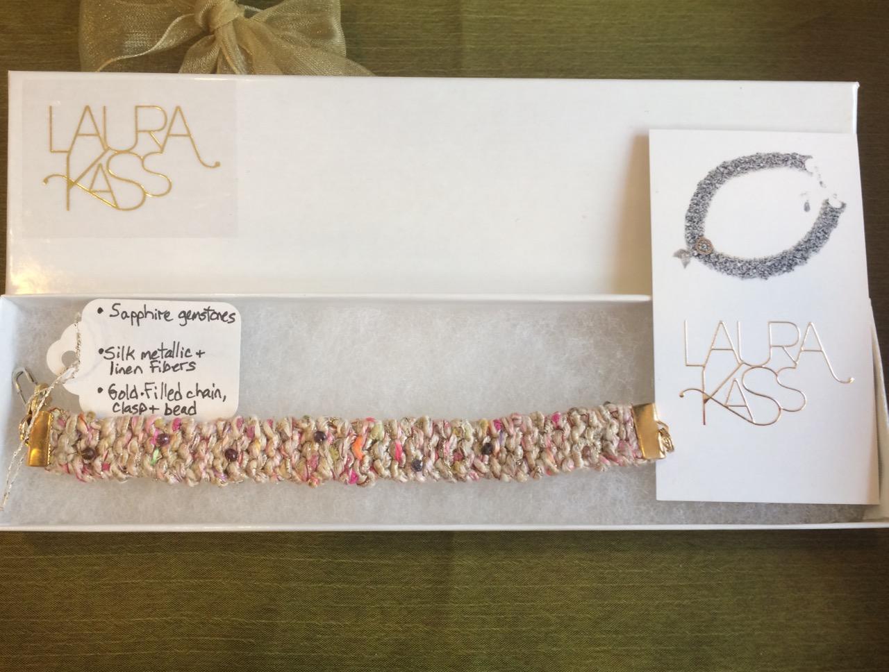 Laura Kass  bracelet  Value: 72.-