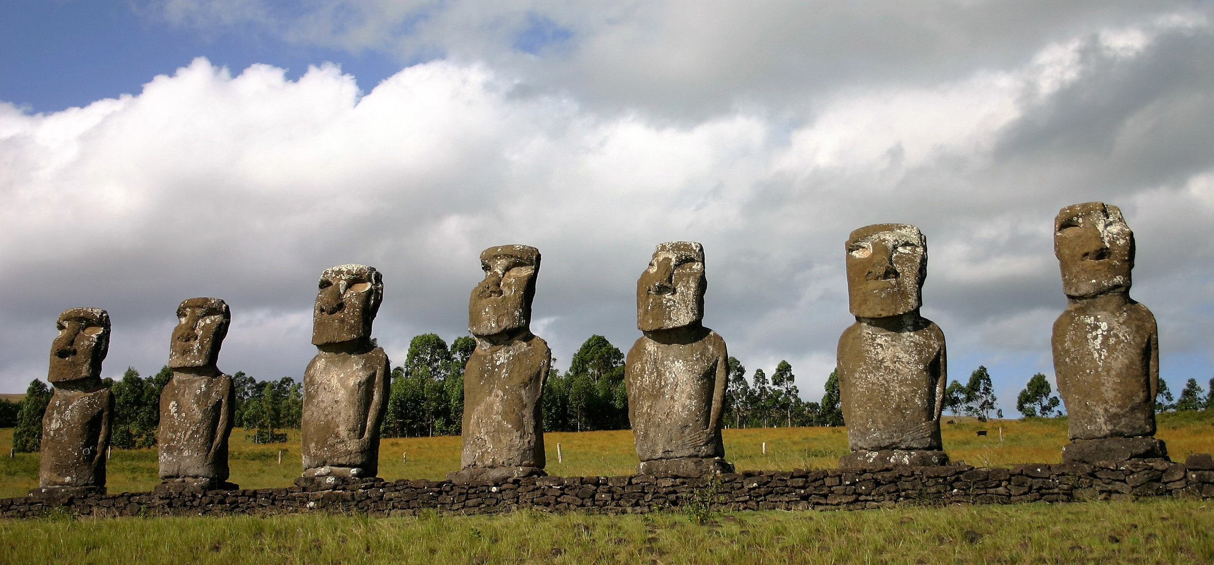 moai-statues-easter-island-chile.jpg