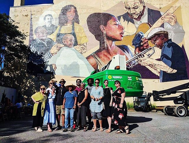 #hotcornermural as of 6.14.19 | artists @evoca1 and @love_2_b_inspired with members of @athenspublicart