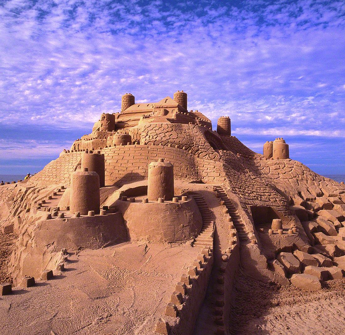 11- Concours de Châteaux de sable 1100 x 1100.jpg