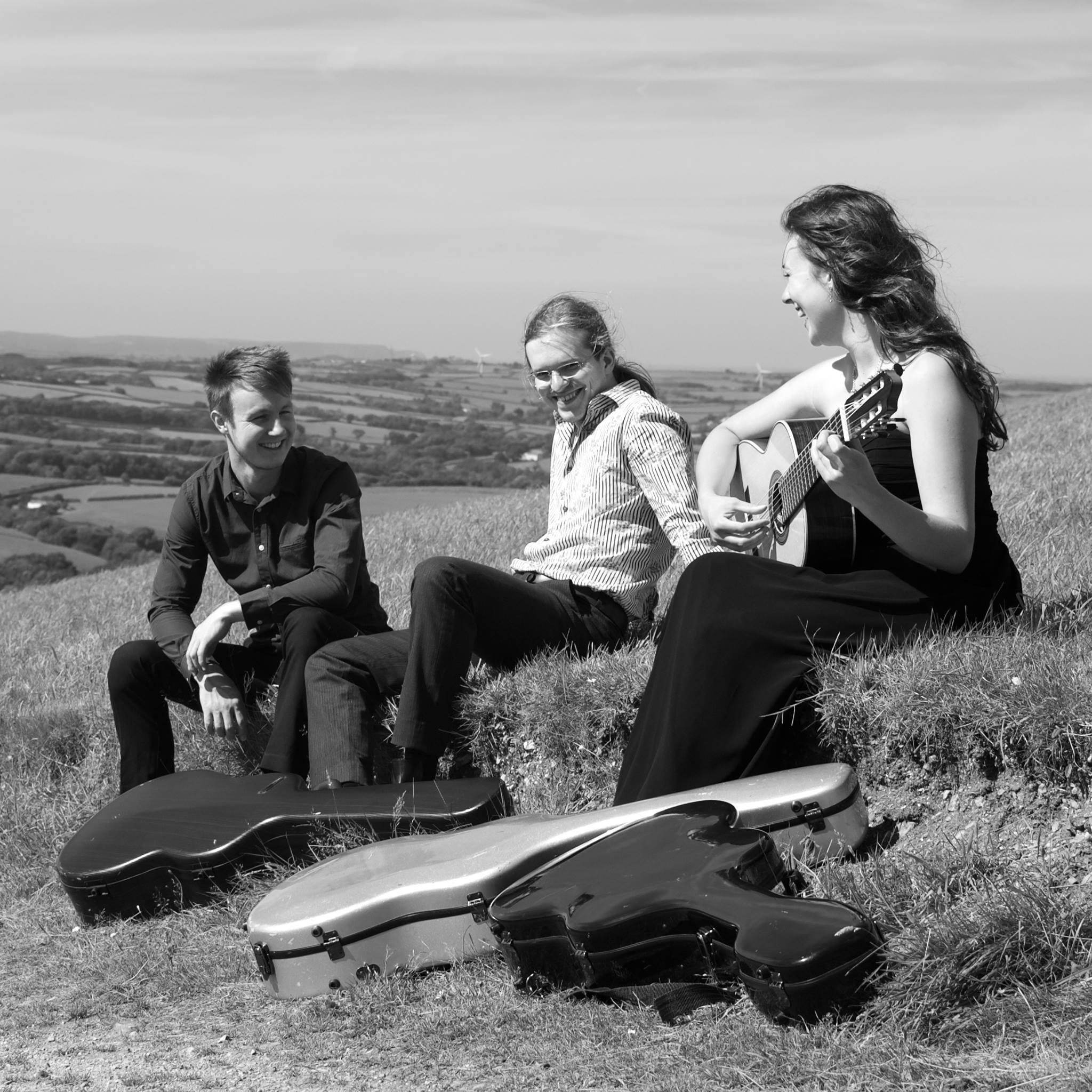 Alma Guitar Trio