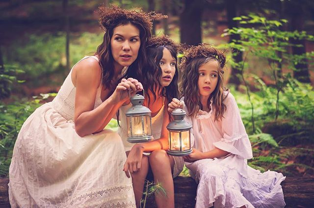 Here's a never before seen shot from the Woodland Beauties shoot with the beautiful and extraordinary Isabelle, Daphne and Penelope. Fondly remembering good times with three of my favourite people. Miss you and love you so much. ❤️ #fairytale #forest #beauties #family #avon #connecticut #deenarothphotography #fineartphotography #mtlphotographer #portrait #nikon #photography #storytelling #pursuitofportraits #portraitphotographer #theportraitpr0ject #Xelfies #discoverportrait #portraitstream #makeportrait #portraitmood #artofportrait  #rsa_portraits #at_diff #rsa_main #royalsnappingartists #infamous_family #photooftheday #naturallight