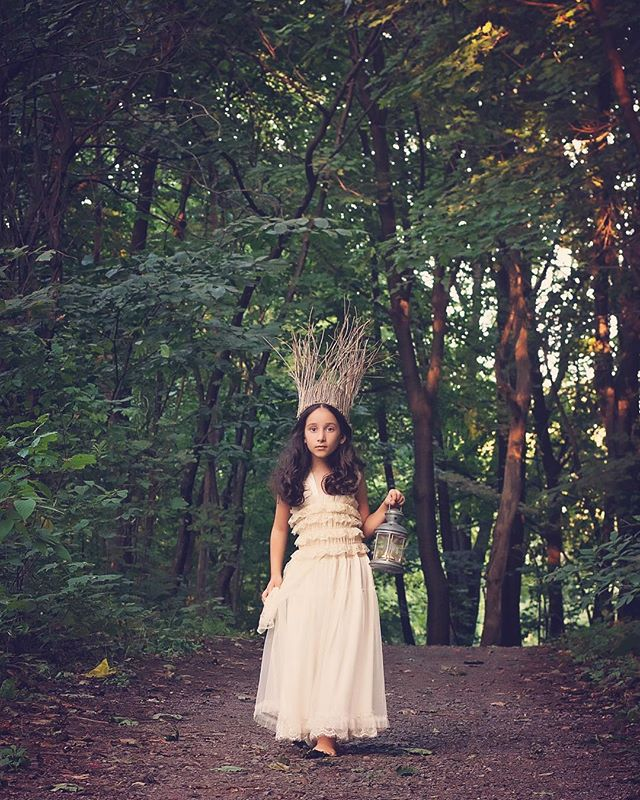 Once upon a time, before she became a #flyersallstar, sweet Lila was Queen of the Forest. 💚  #fbf #fairytale #forest #deenarothphotography #fineartphotography #montreal #mtlphotographer #portrait #nikon #photography #storytelling #pursuitofportraits #portraitphotographer #theportraitpr0ject #Xelfies #discoverportrait #portraitstream #makeportrait #portraitmood #artofportrait  #rsa_portraits #at_diff #rsa_main #royalsnappingartists #infamous_family #photooftheday #naturallight
