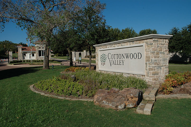 Cottonwood Valley Irving,Texas <br><img src=