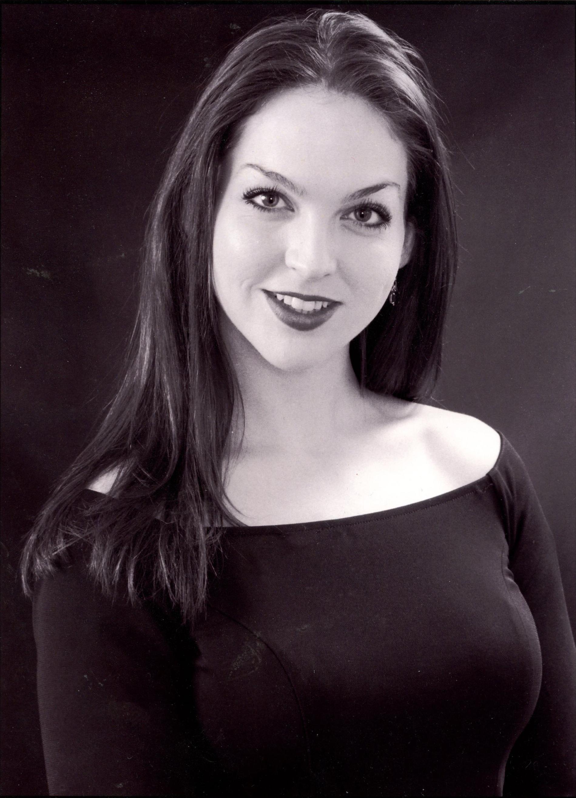 Chandra Lee Curry,  lyric soprano