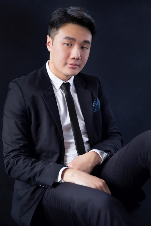 Barry Tan, piano