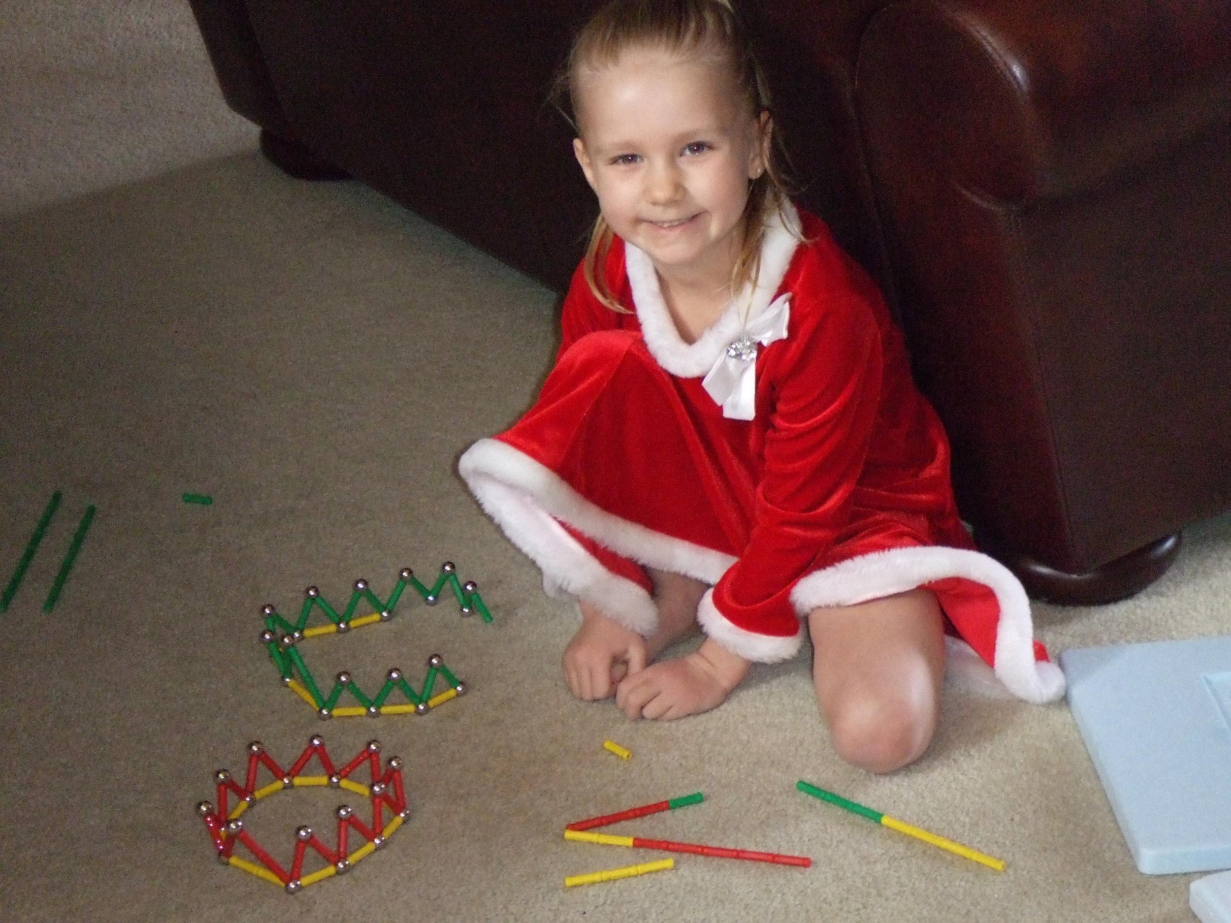 "2011 - Creating ""Christmas Crowns"" ..."