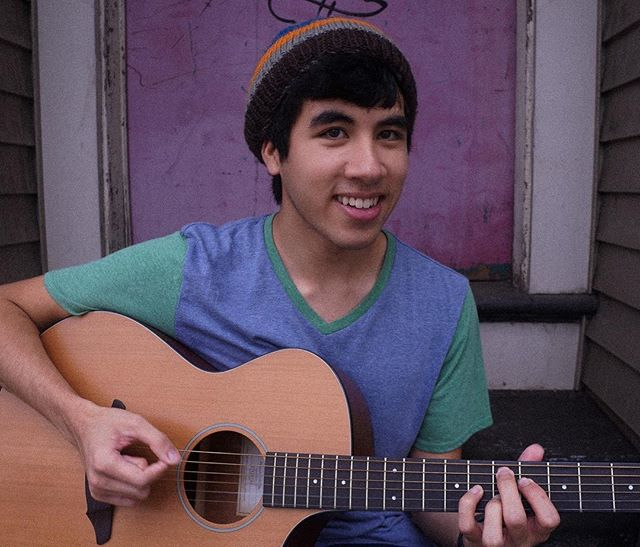 "B-SIDE Tent Show Artist Feature: PAUL ABRAMS!  Paul Abrams (CLASS OF '21) is an EXTREMELY talented guitarist from Pittsburgh, Pennsylvania! He'll be performing some of his original songs, which are inspired by bands like Radiohead, Bombay Bicycle Club and Pinegrove.  Watch this hidden gem GO OFF this Thursday !! (on his favorite song): ""I'll say Jigsaw Falling Into Place because it's my favorite Radiohead song"" - Paul Abrams"