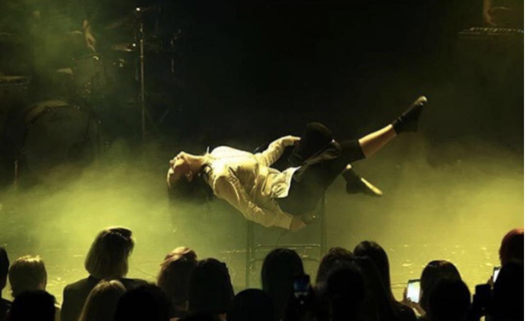 Photo courtesy of    @willemschalekamp    on Instagram, taken at the Amsterdam show