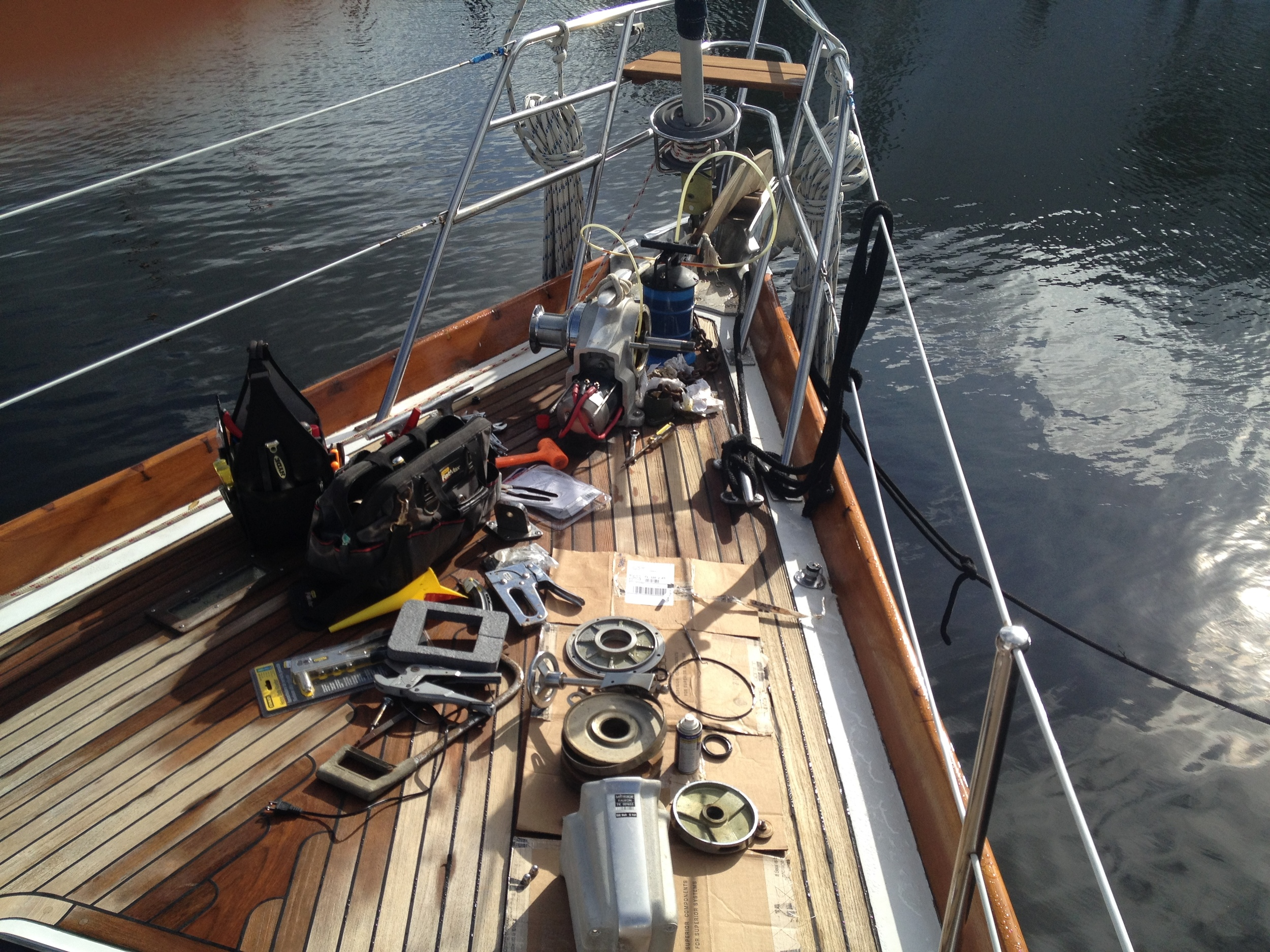 Rebuilding the anchor winch