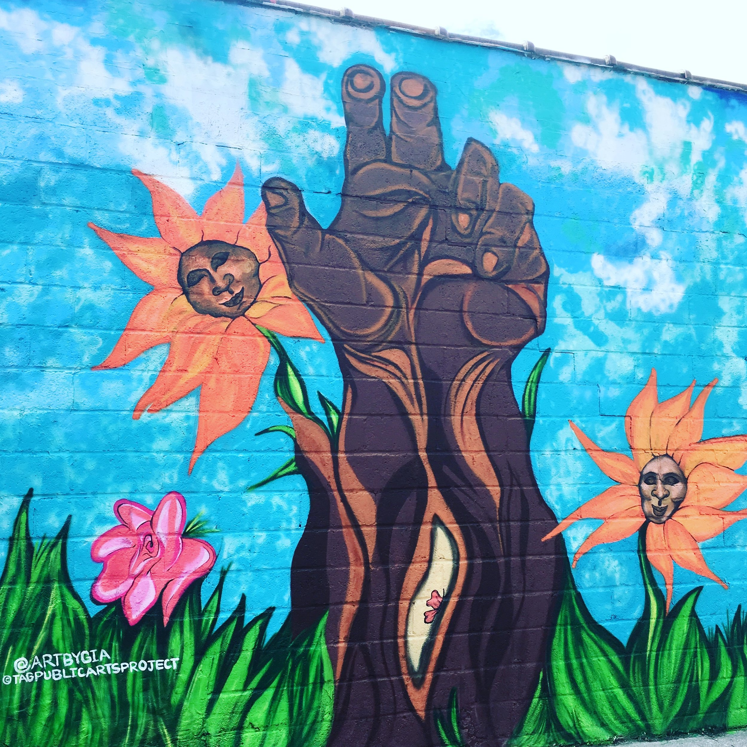 Poderosa, Tag Public Arts Project