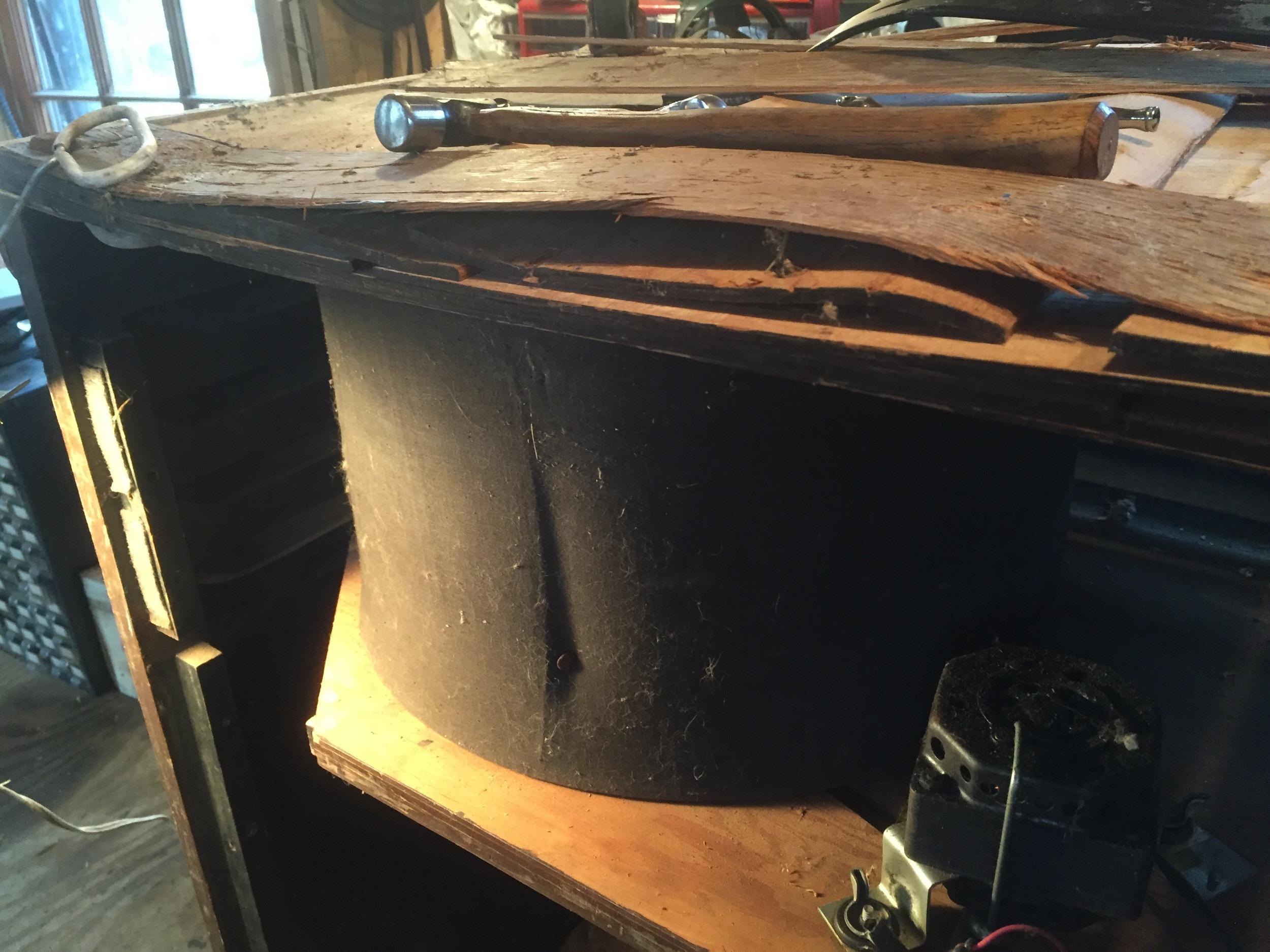Bottom plywood is badly delaminated.