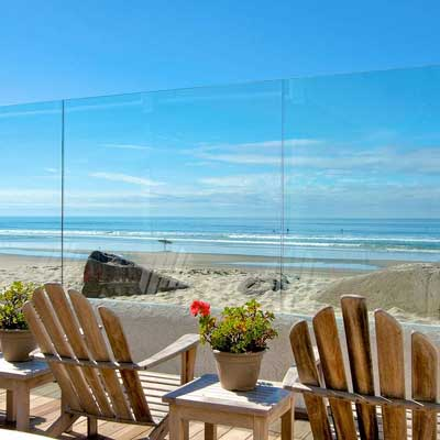 A budget motel right on the beach? That's the Del Mar Motel.