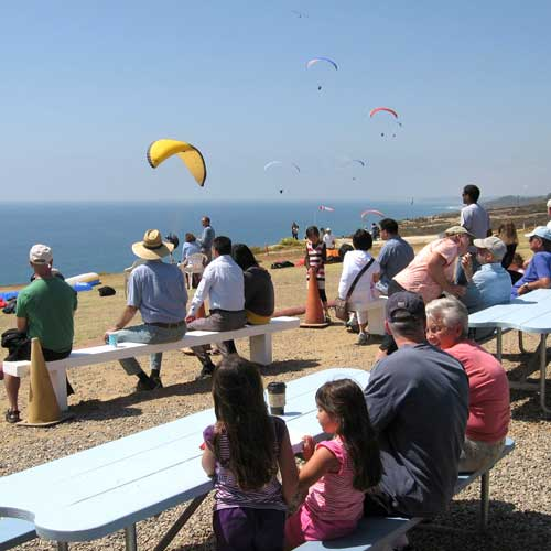 Cliff Hanger Cafe at Torrey Pines, ultra casual and very entertaining