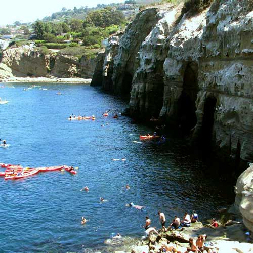 Kayaking the caves in La Jolla