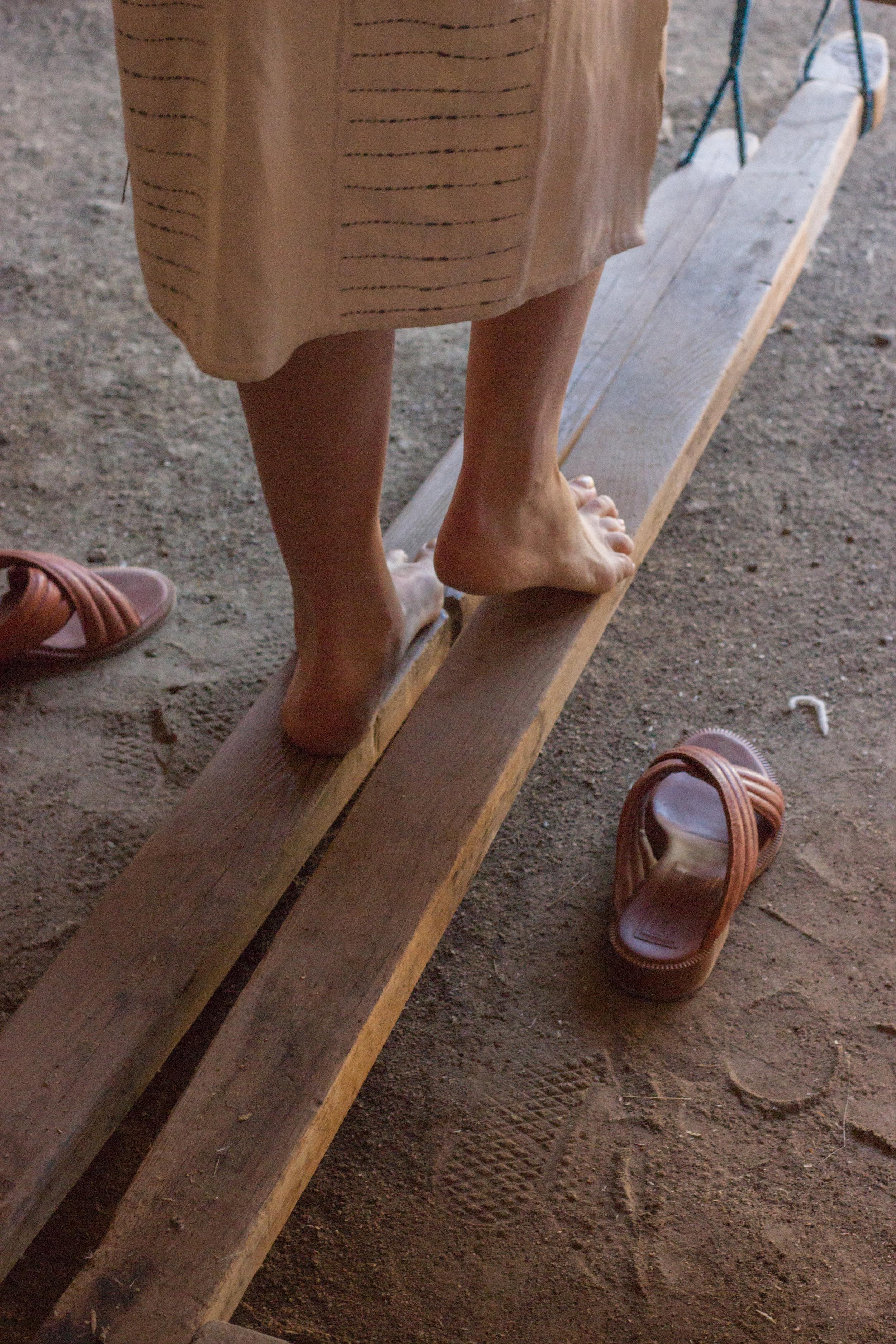 emily katz footloom weaving in oaxaca by leah pellegrini for thread caravan.jpg