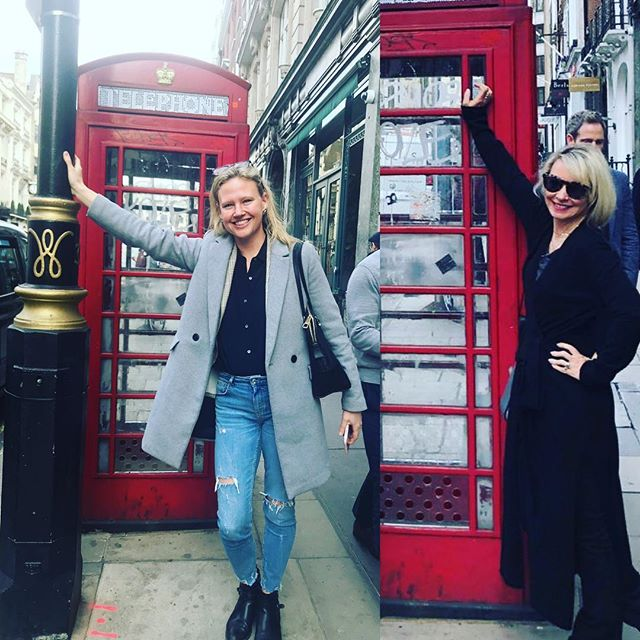 Hanging with my talented sista in #london🇬🇧 #londonart #thejourneybegins #contemporaryart
