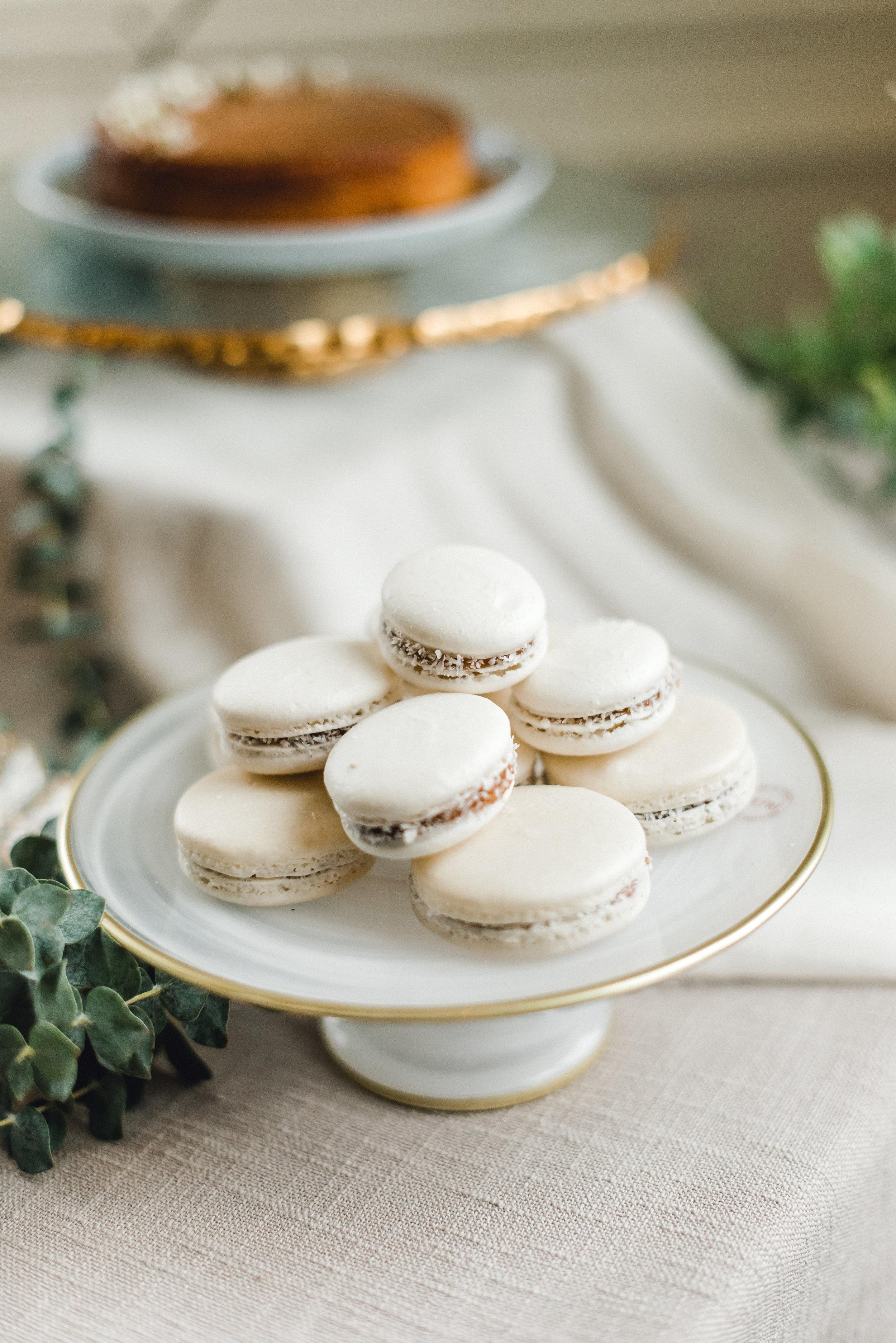 Pittsburgh-Wedding-Dessert-Table-K-Flowers-Designs.jpg