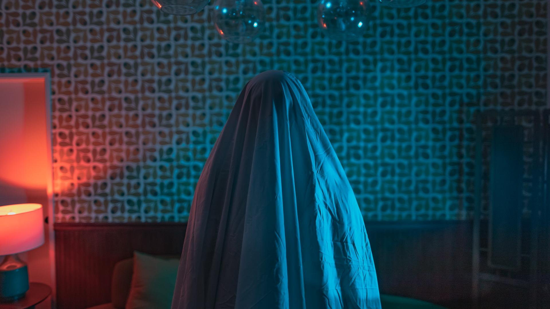 ghost noir-02.jpg