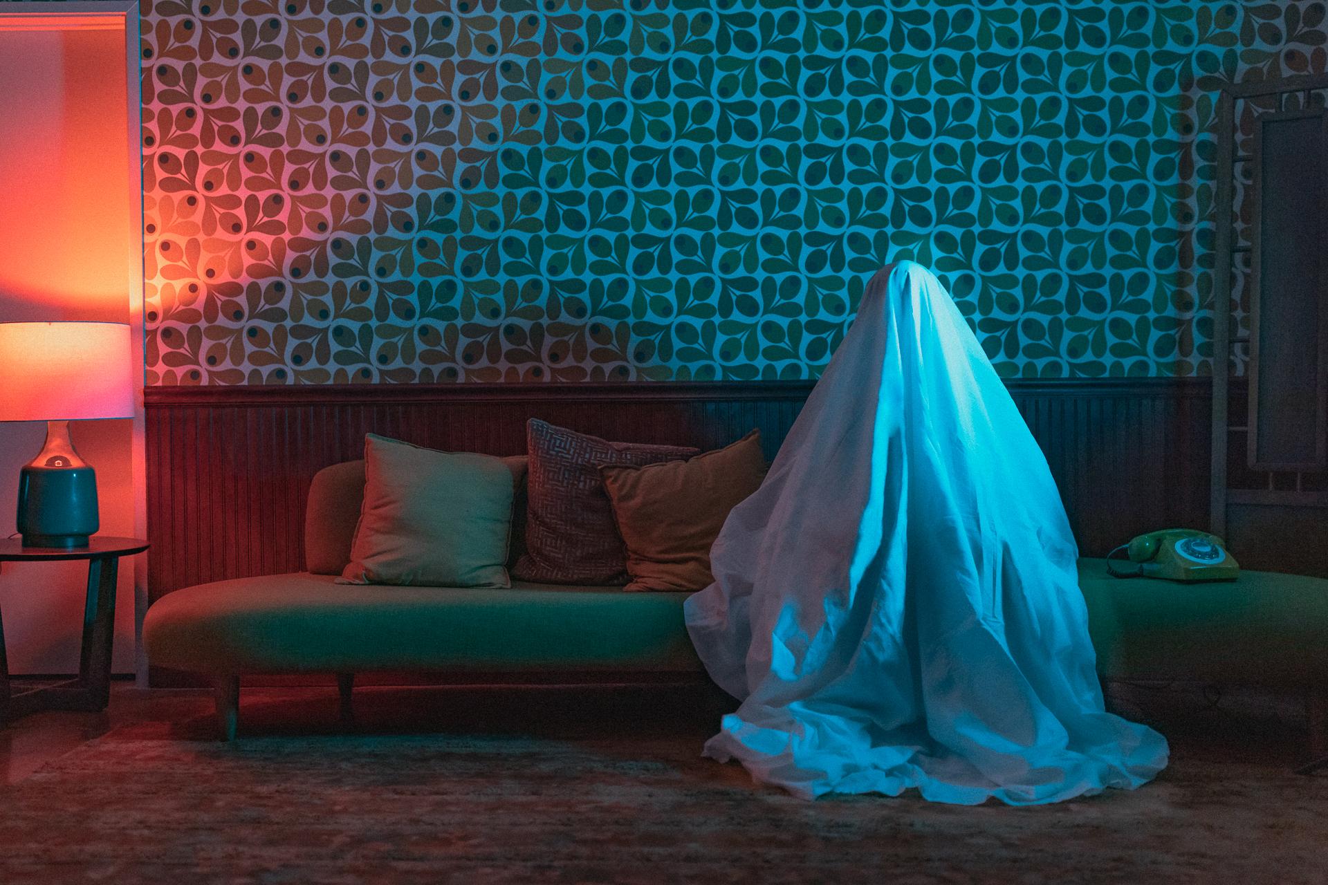 ghost noir-01.jpg