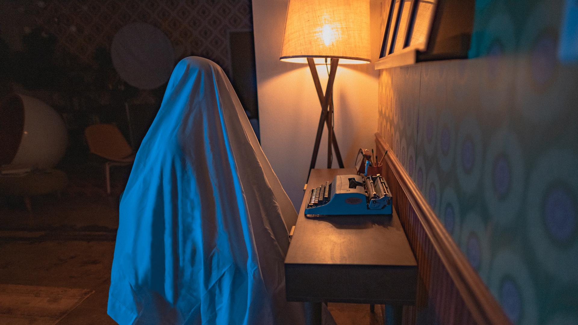 ghost noir-04.jpg