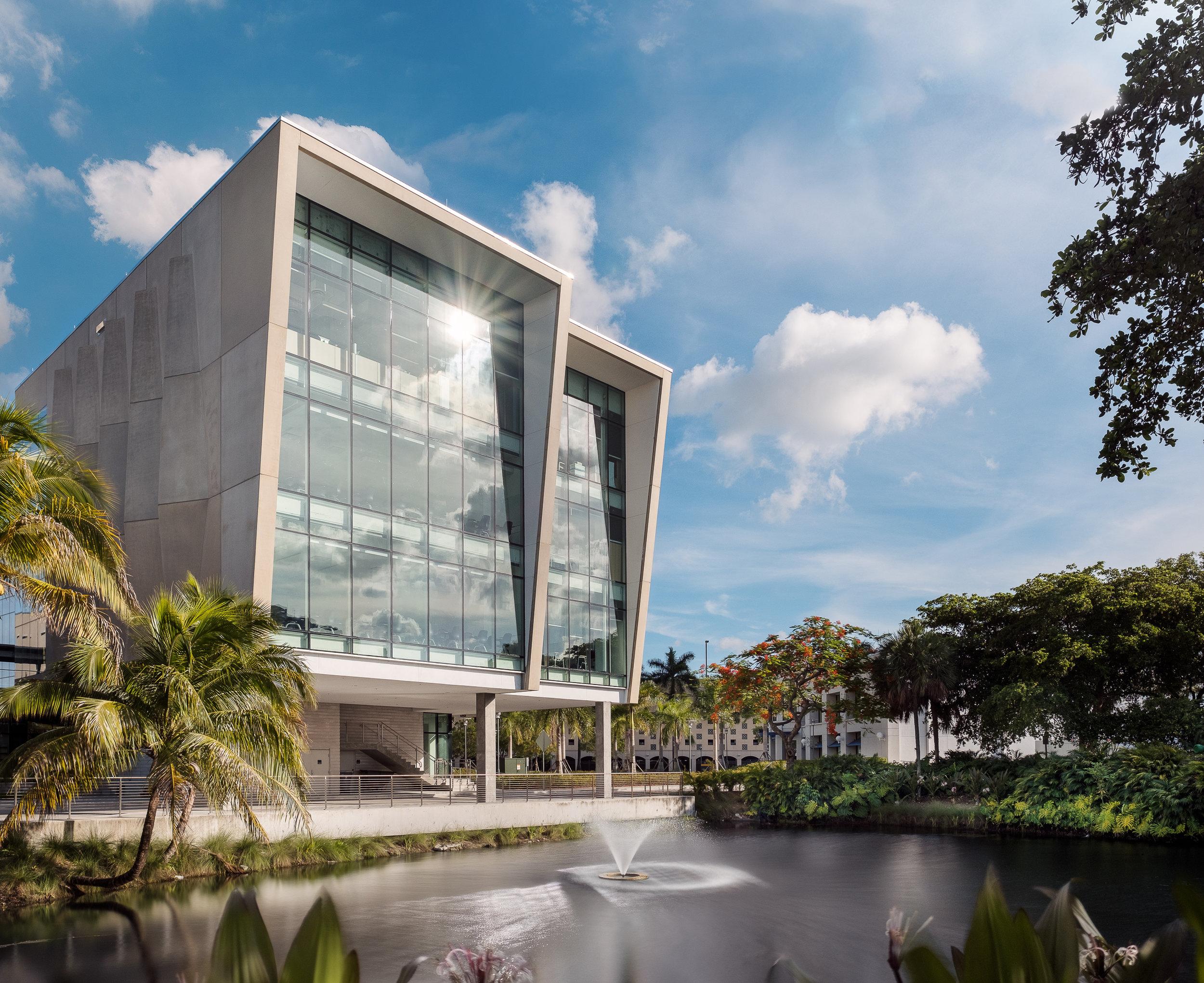 Florida Int'l University Student Academic Center: Miami, FL