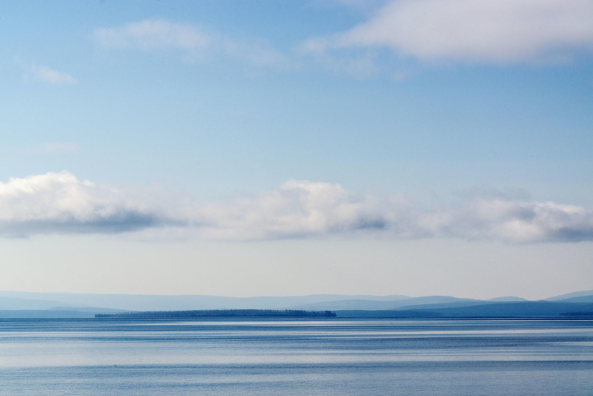 Yellowstone Lake. Nikon D800, Nikkor 24-120mm lens @ 120mm, ISO 200, f13, 1/1600 sec, -1 stop exposure adjustment.