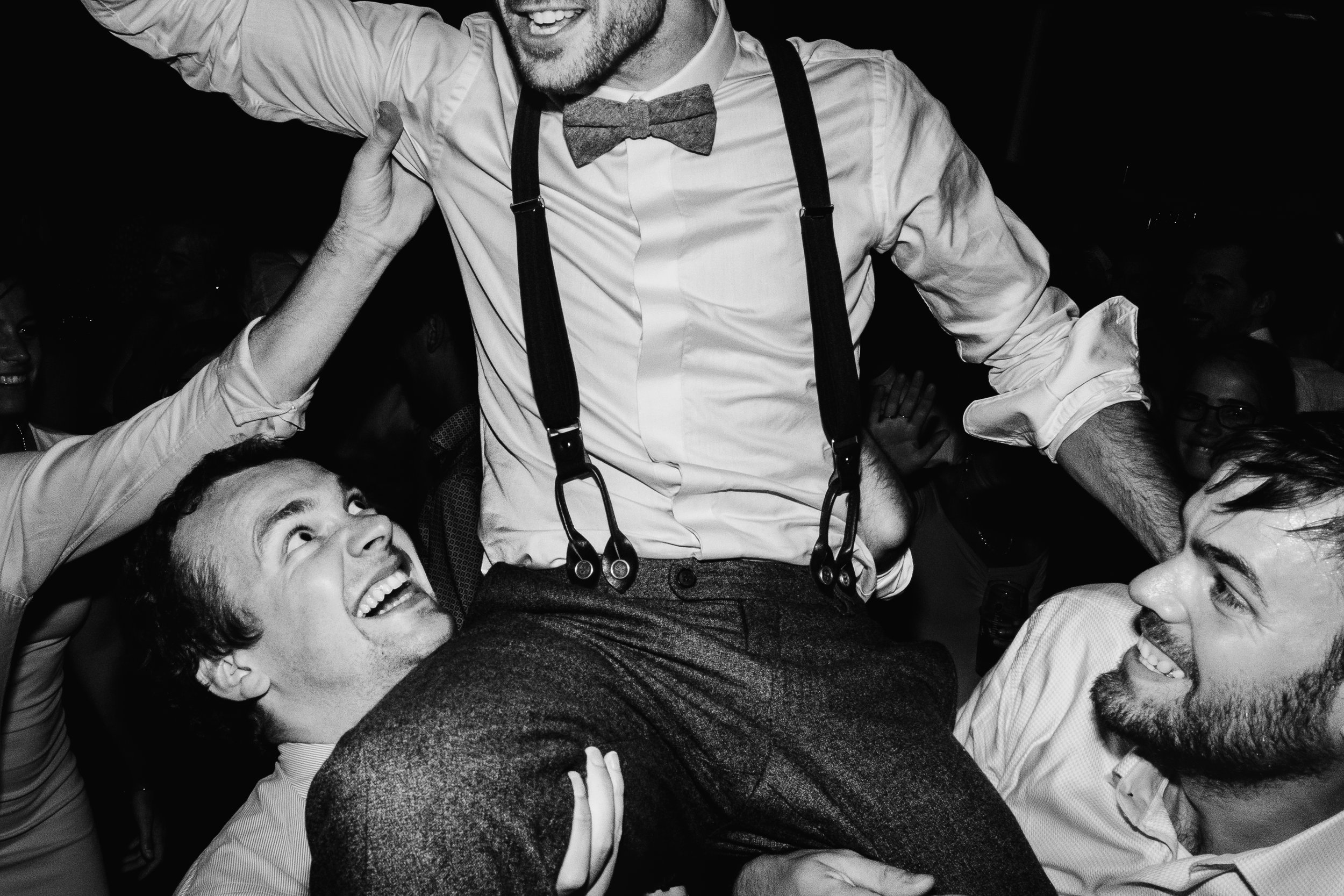 party on shoulders