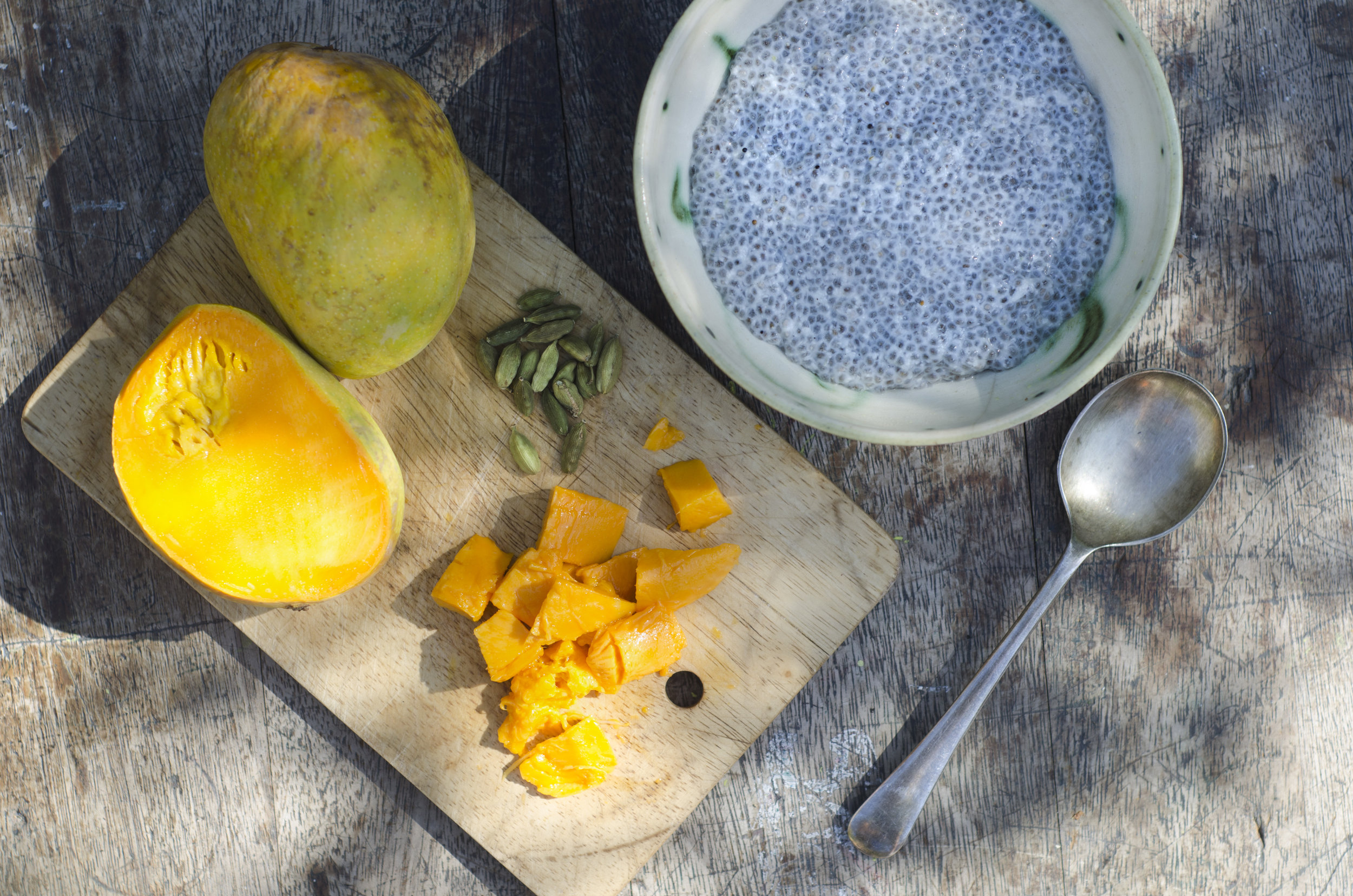 Cardamom Chia Pudding with Mango
